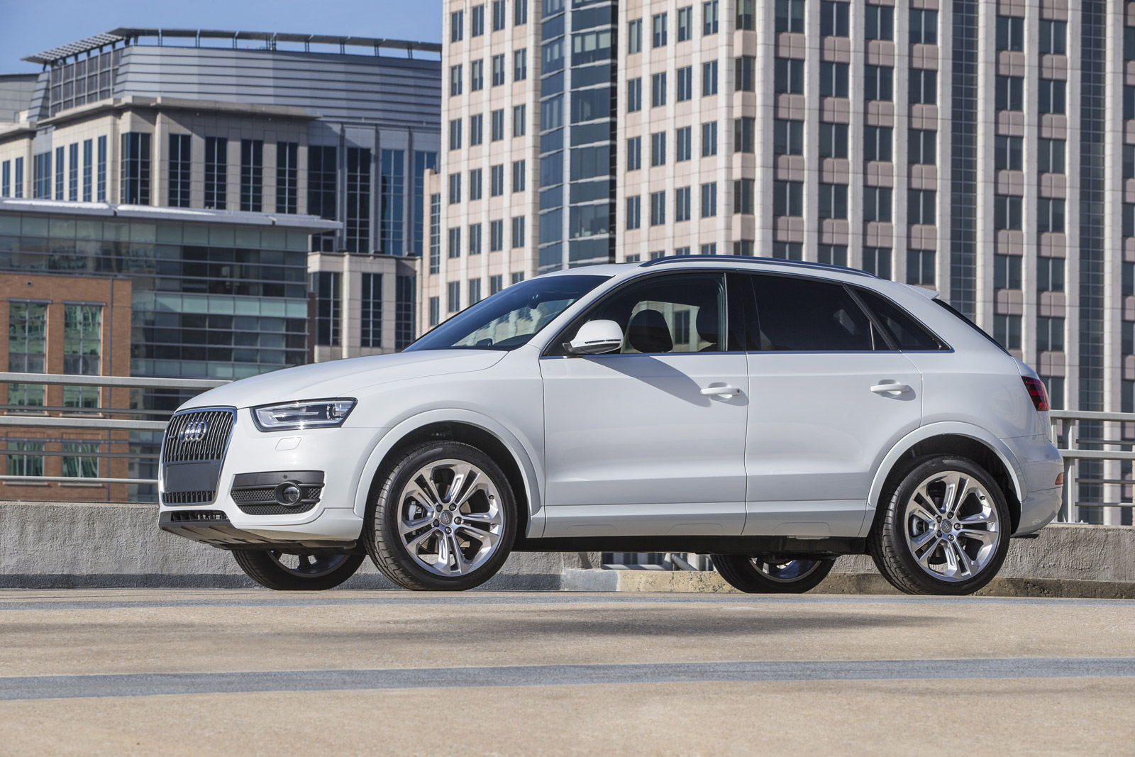 2015 Audi Q3 Priced At 33k Facing Off With Mercedes Gla