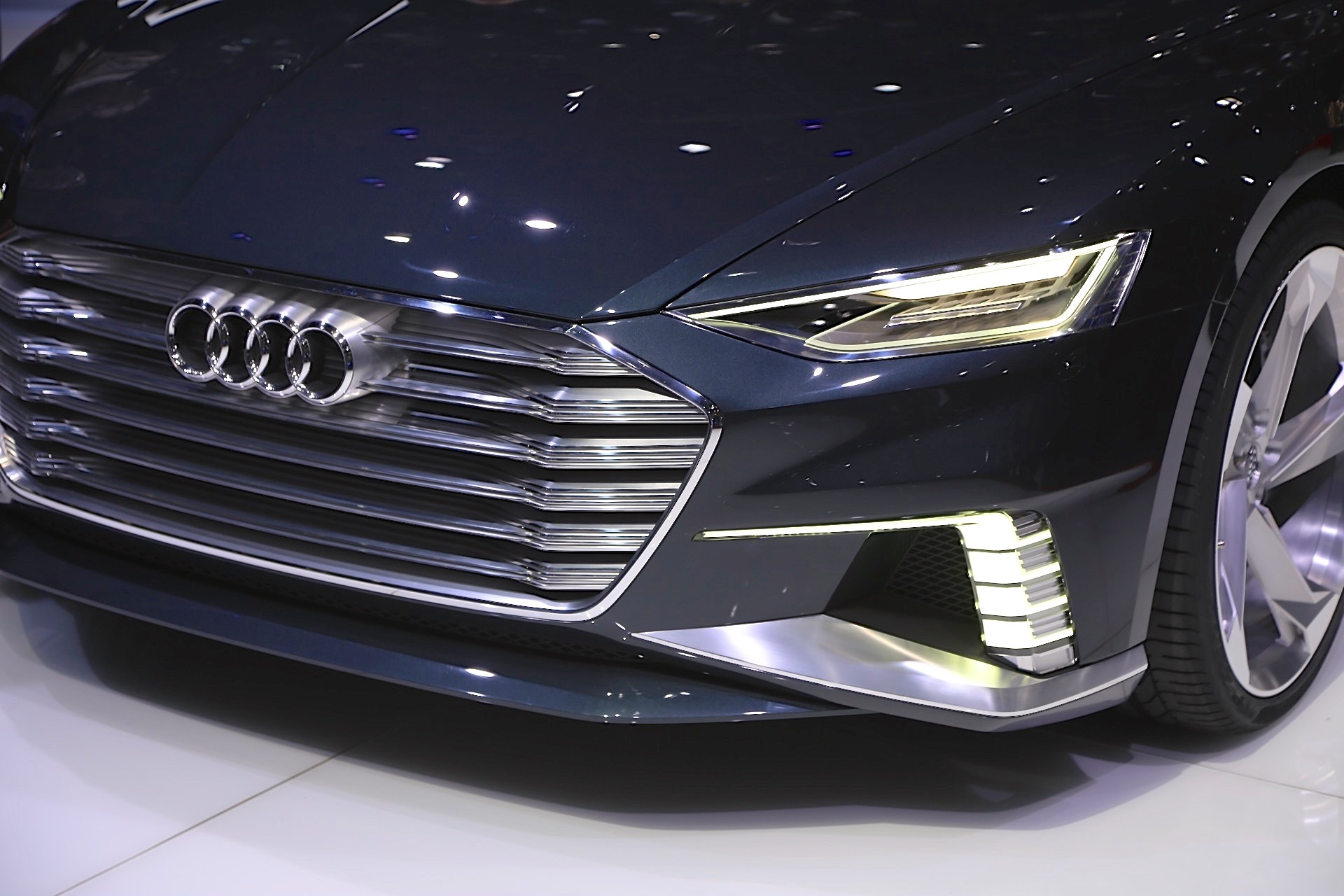 Audi A9 e tron electric car Tesla Model S rival to launch by 2020