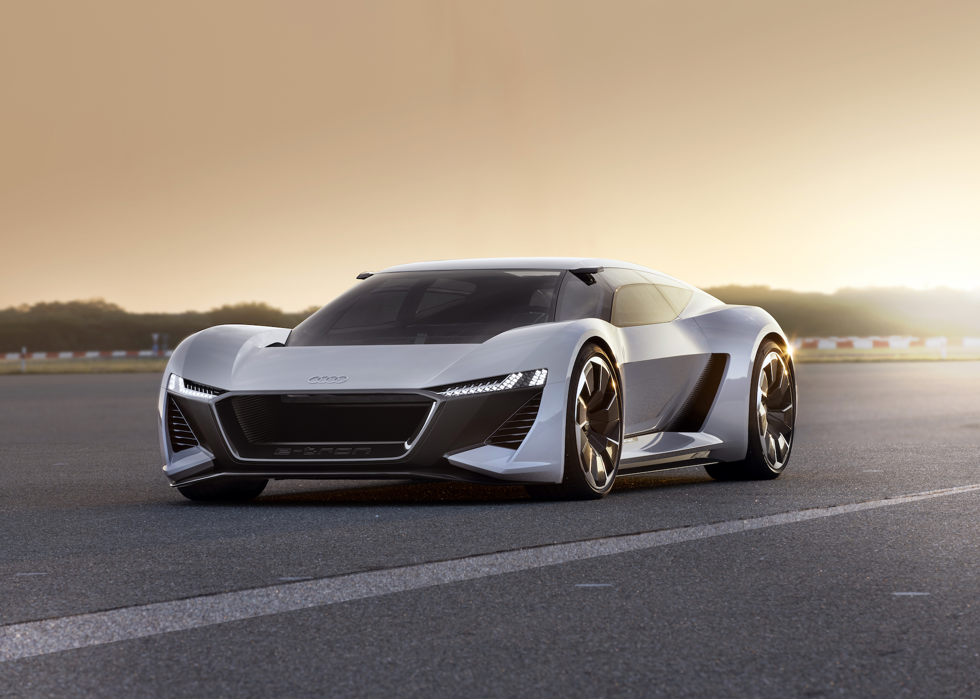 Audi Pb18 E Tron Combines Le Mans Prowess With Electric Future