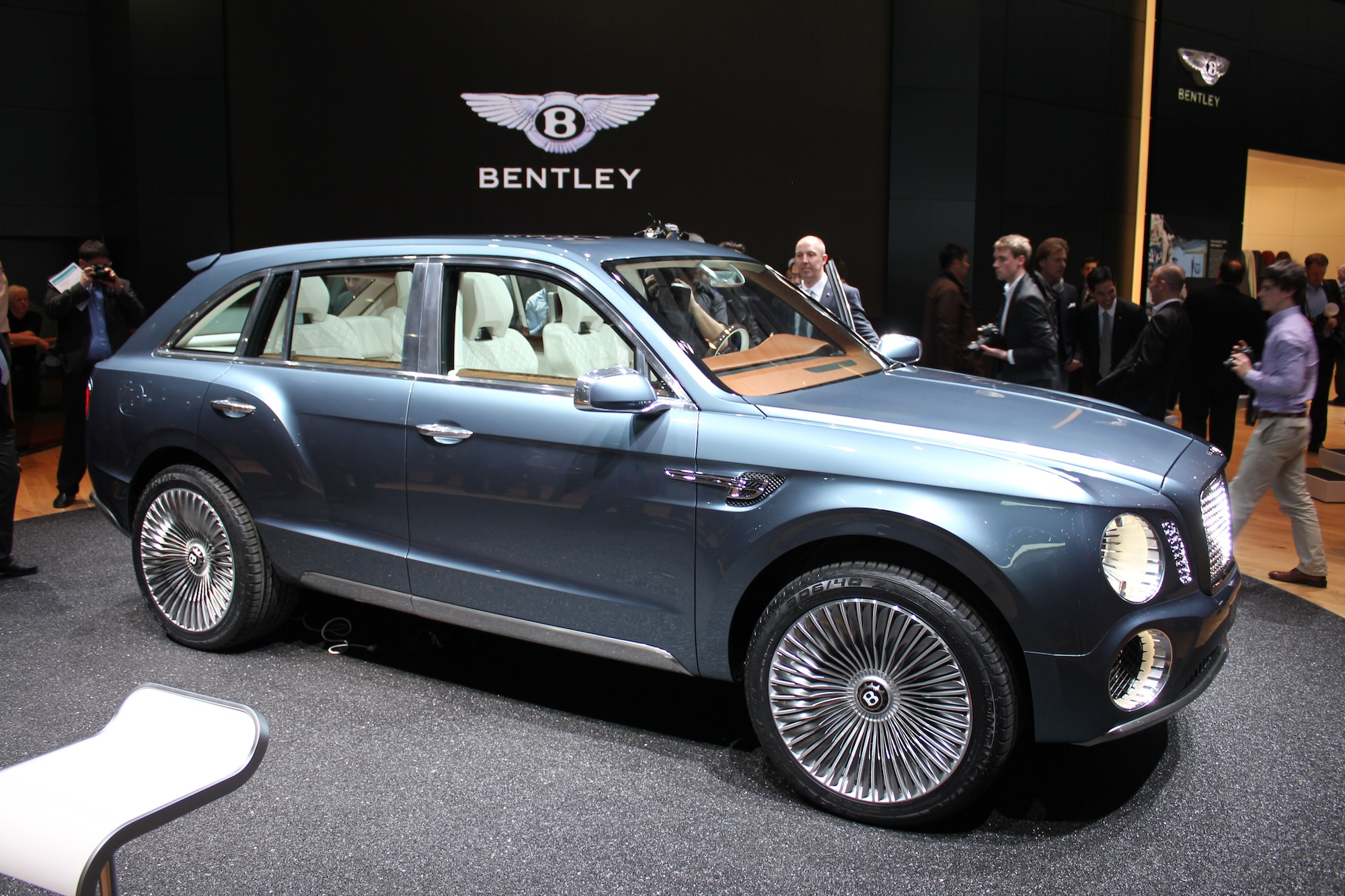 the reviews bentayga bentley new tag truck diesel suv review car five price luxury days with