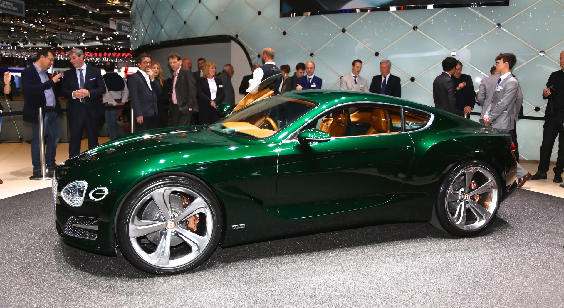 New Exp 10 Sd 6 Concept Hints At Potential Bentley Sports Car Live Photos And Video