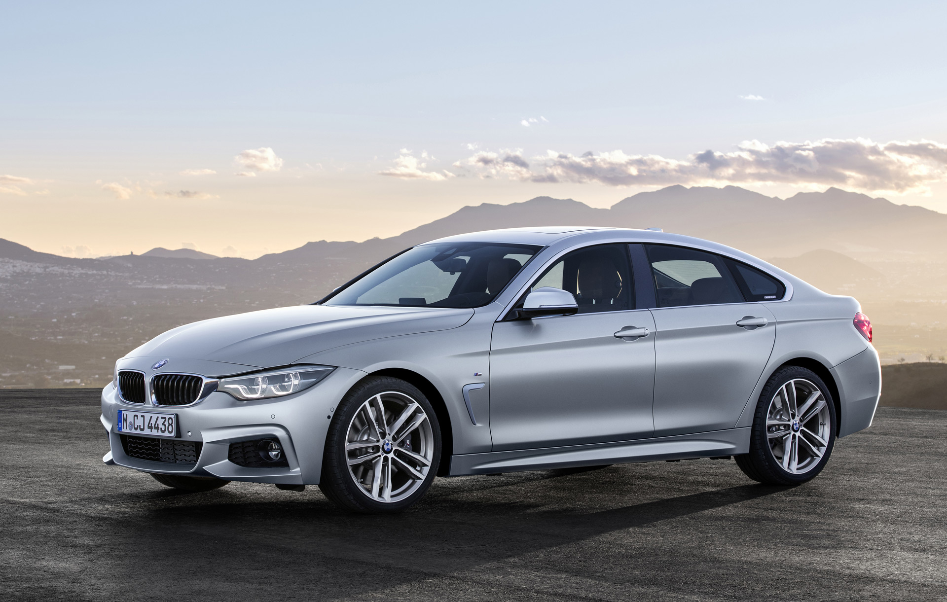 new and used bmw 4 series prices photos reviews specs the car connection. Black Bedroom Furniture Sets. Home Design Ideas