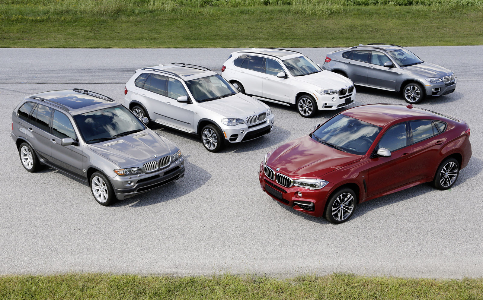 Bmw Celebrates 15th Anniversary Of The X5 Its First X Model