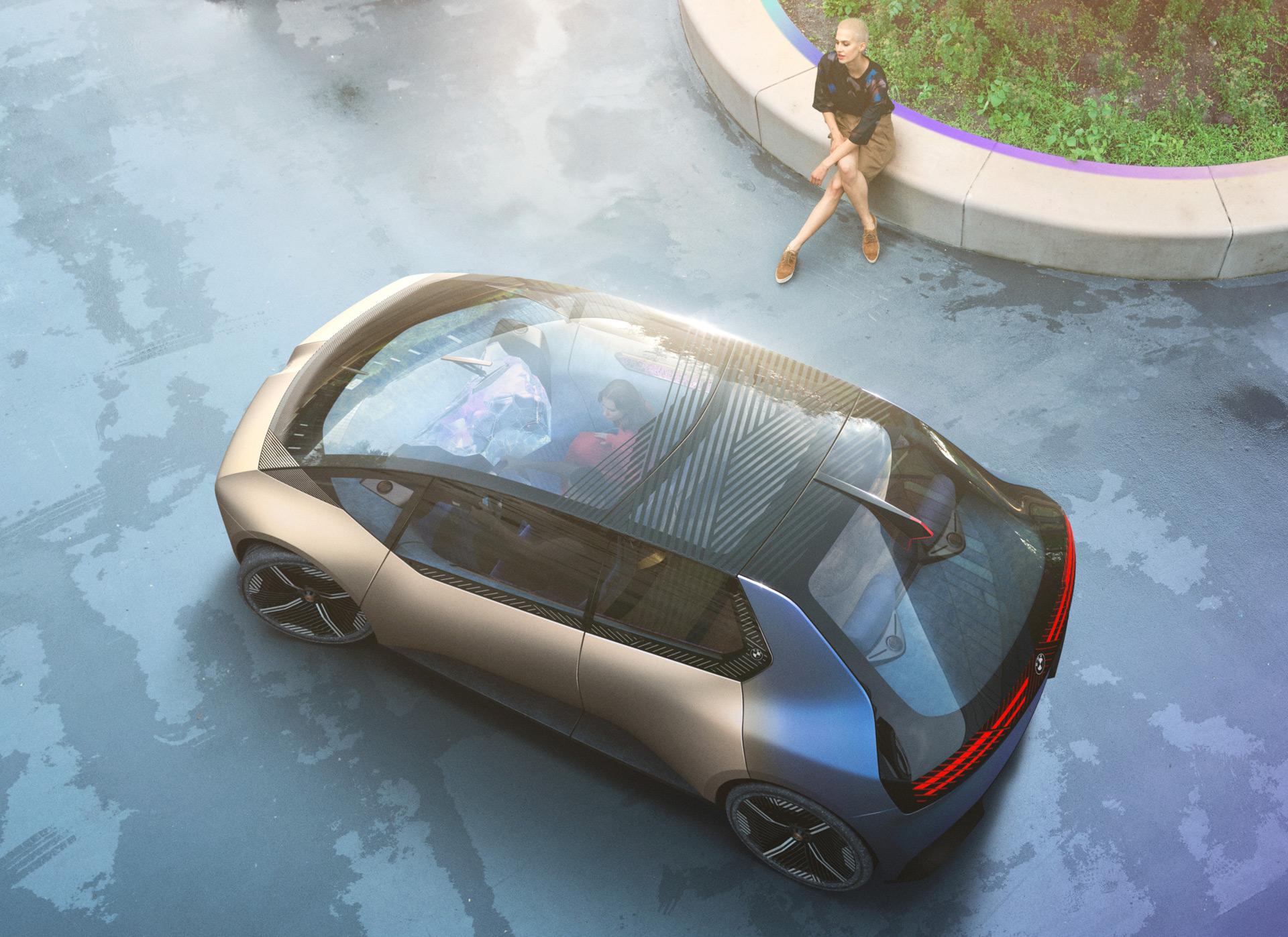 Mitsubishi Outlander PHEV goes tenting, Hyundai Ioniq 7 teased, BMW city EV idea bows: In the present day's Automotive Information