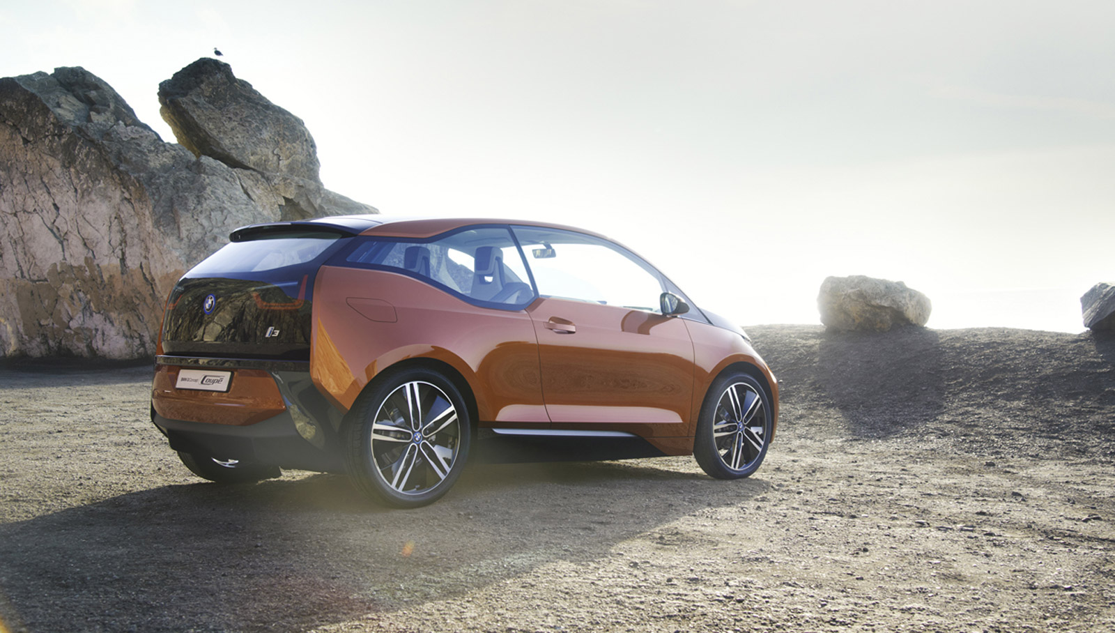 BMW i3 Electric Car: Motorcycle Engine Range-Extender For ...