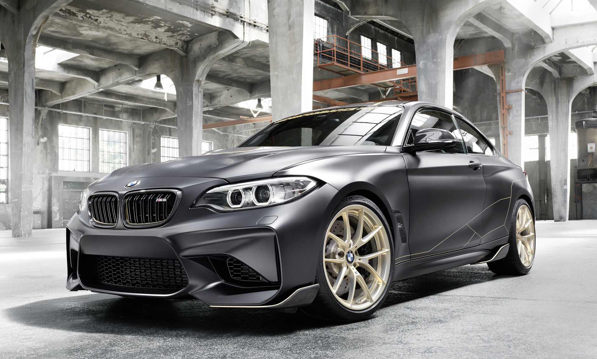 bmw brings the carbon fiber with m2 m performance parts. Black Bedroom Furniture Sets. Home Design Ideas