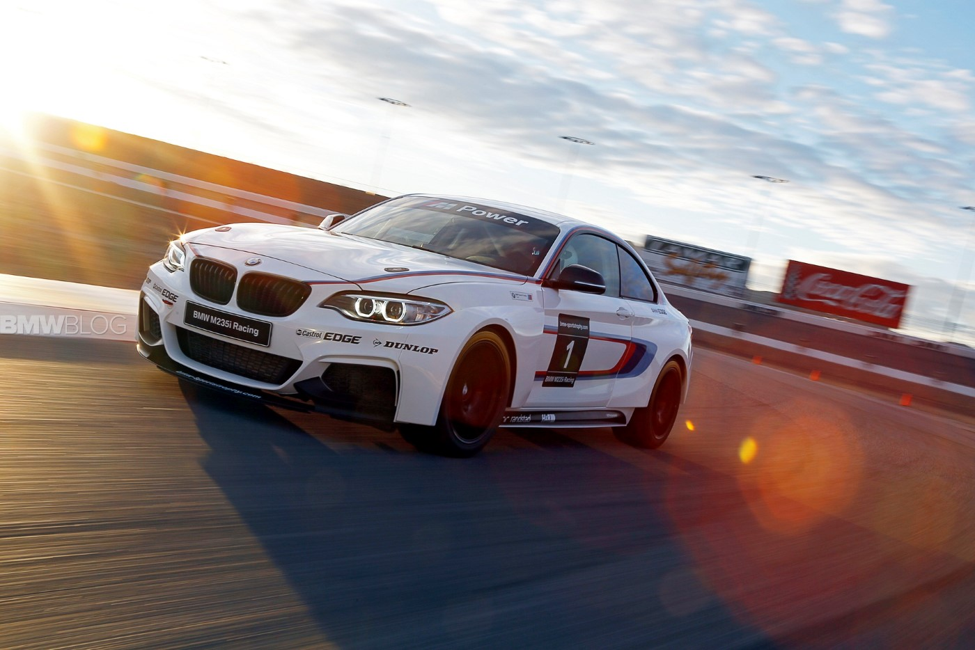 Building The BMW M235i Racing: Video