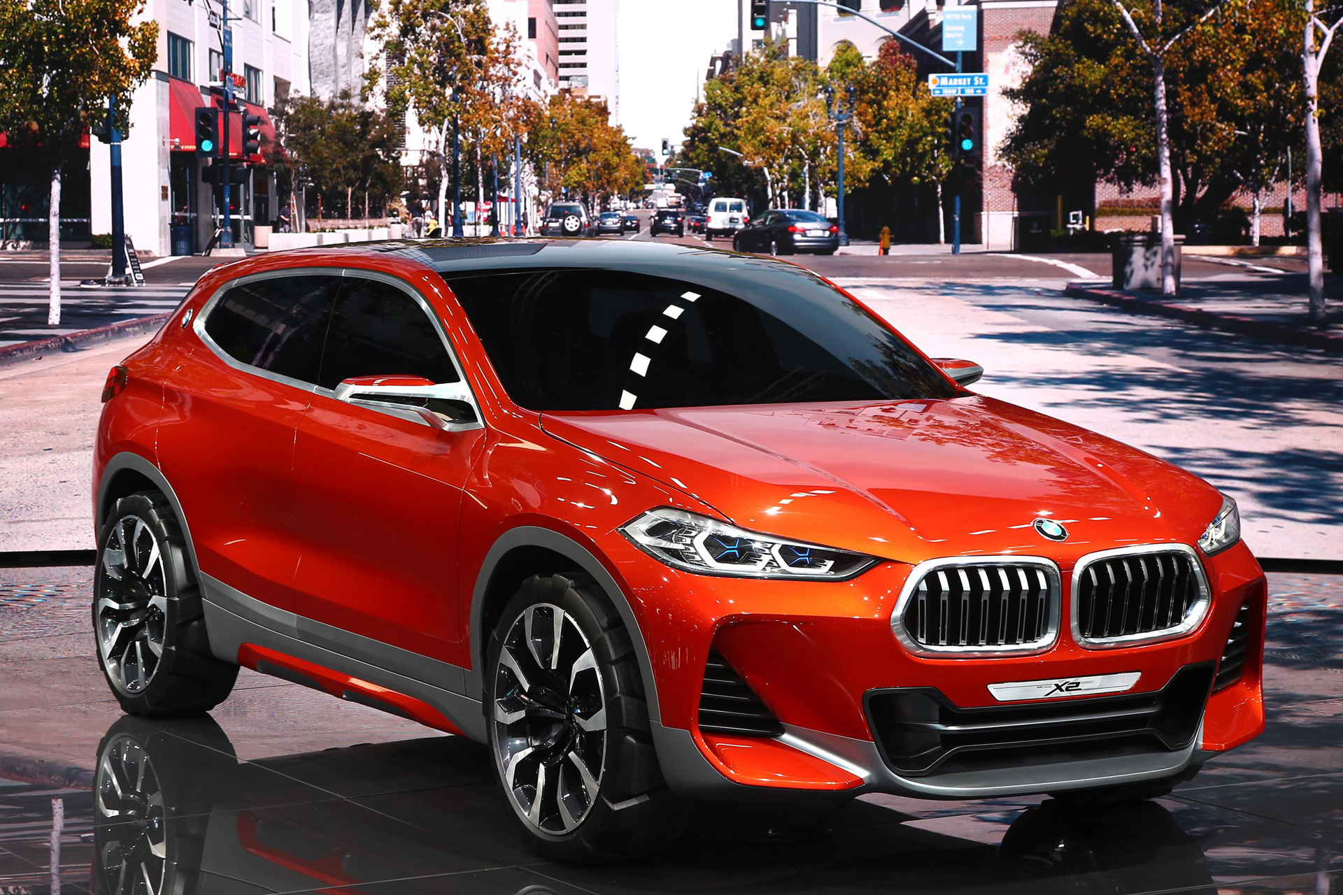 bmw x2 concept debuts at 2016 paris auto show. Black Bedroom Furniture Sets. Home Design Ideas