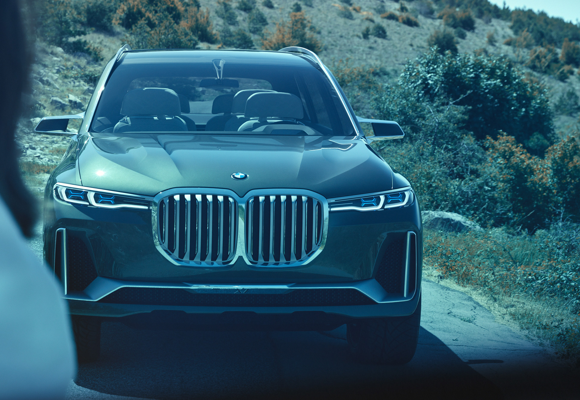 Bmw X7 To Spawn Ultra Posh Coupe Like X8