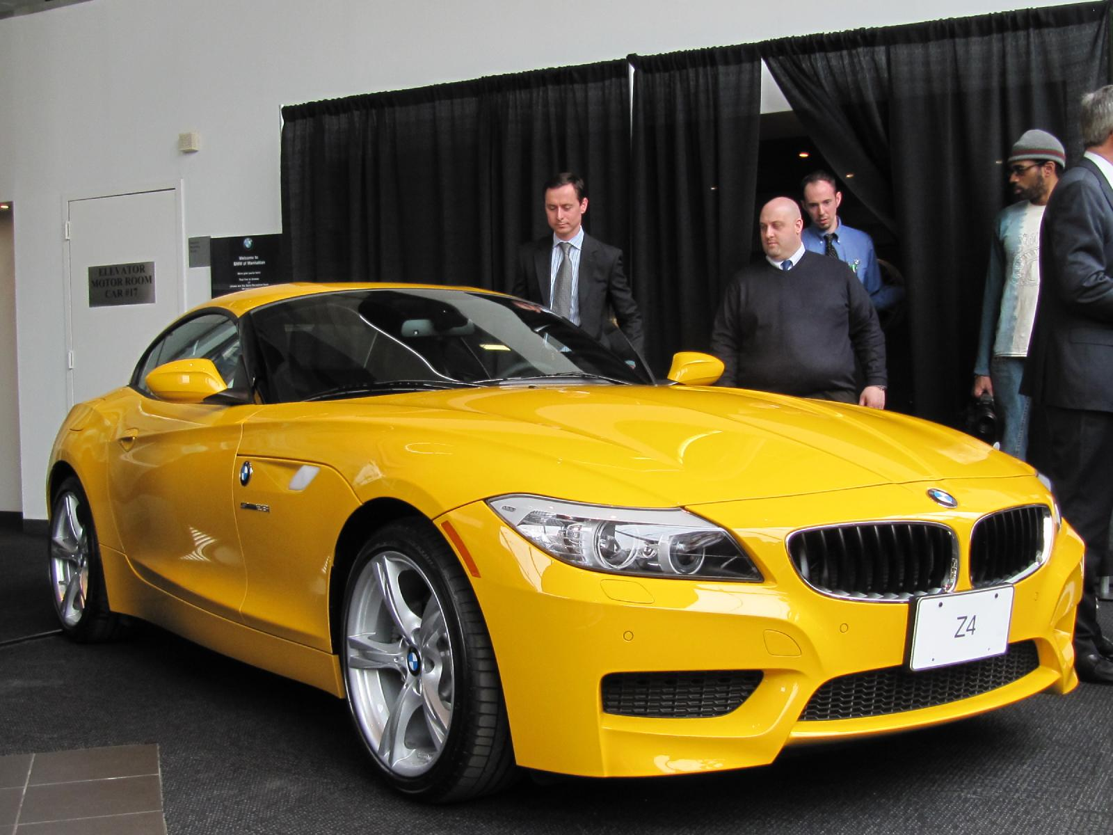 Bmw Brings The Four Cylinder Back With 2012 Z4 Sdrive28i