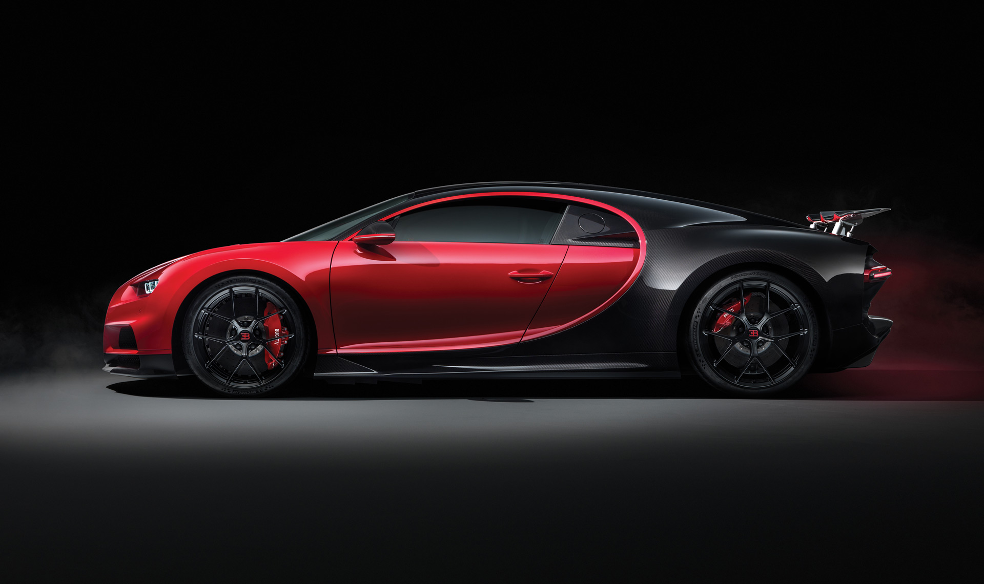 Bugatti Boss Claims Chiron Could Hit 280 Mph But Don T Expect An