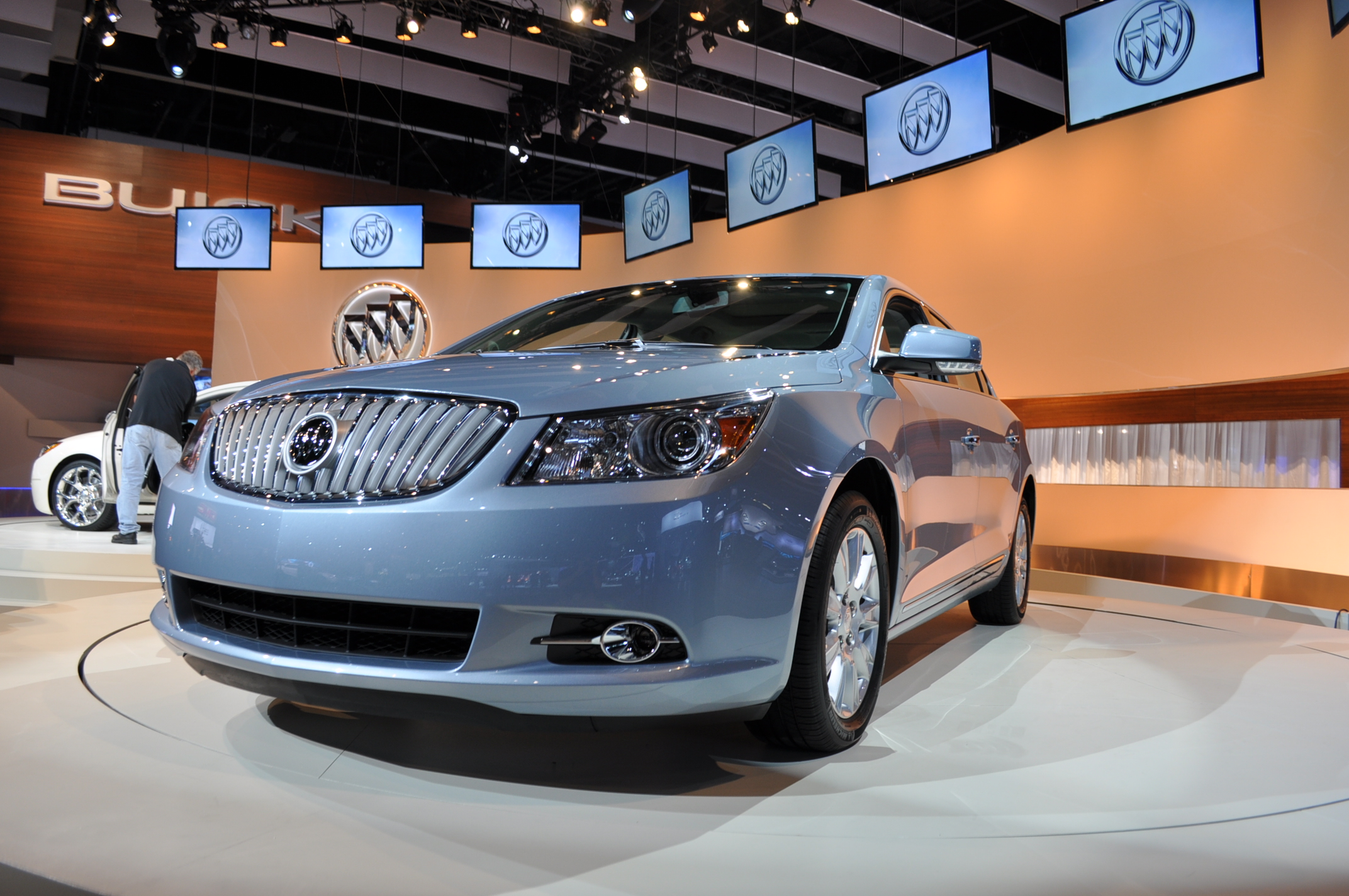 Buick LaCrosse: When the System Does Not Seem to Work Properly