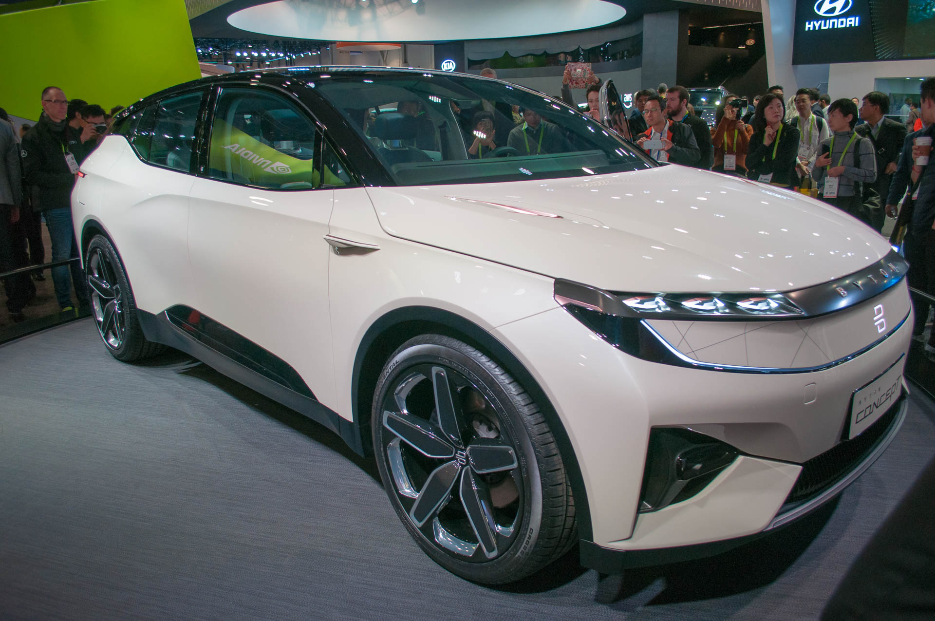 Byton Electric Suv Promised For 2019 With 45000 Starting Price