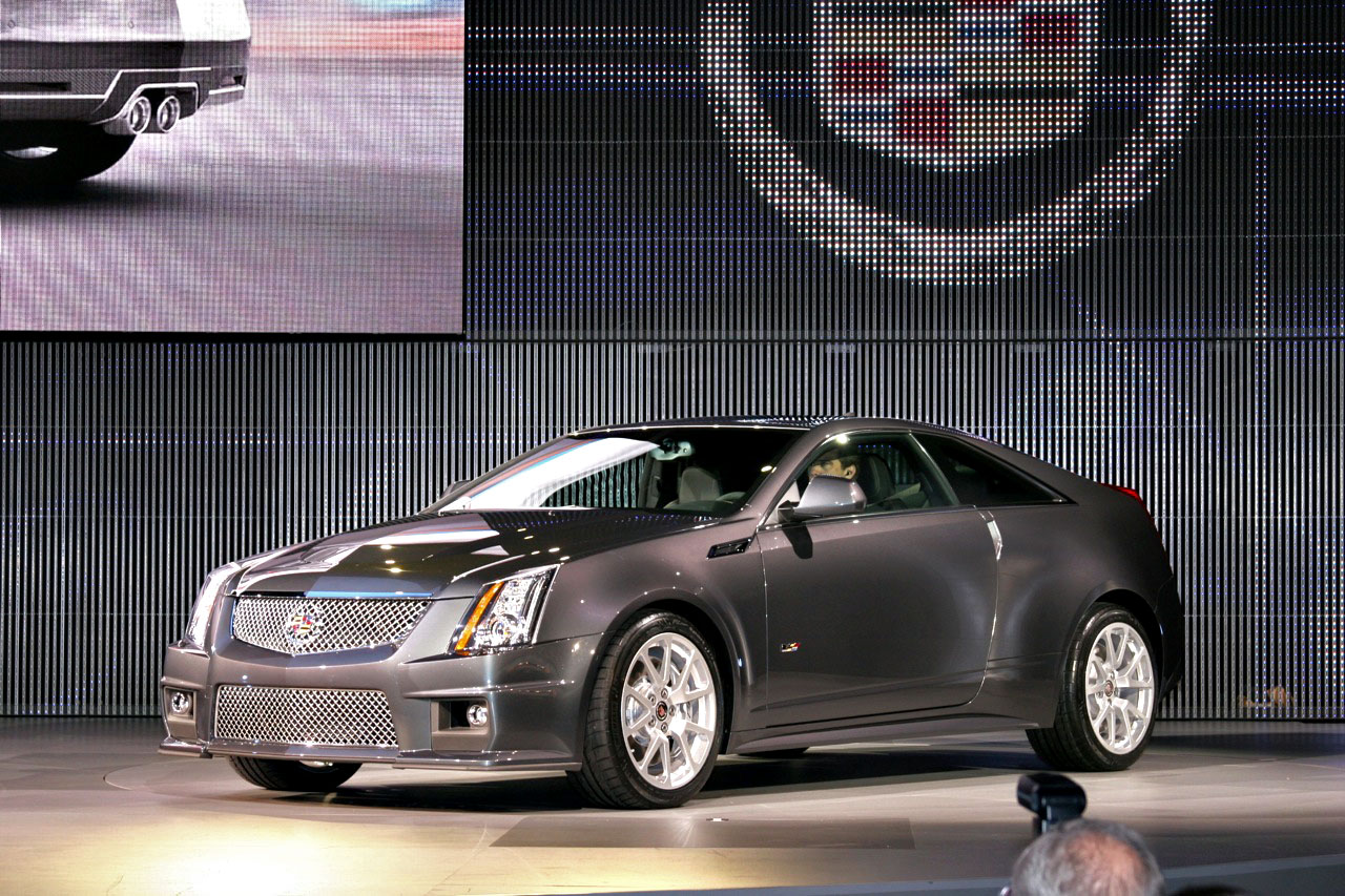 Video: 2011 Cadillac CTS-V Coupe Born Of Apocalypse