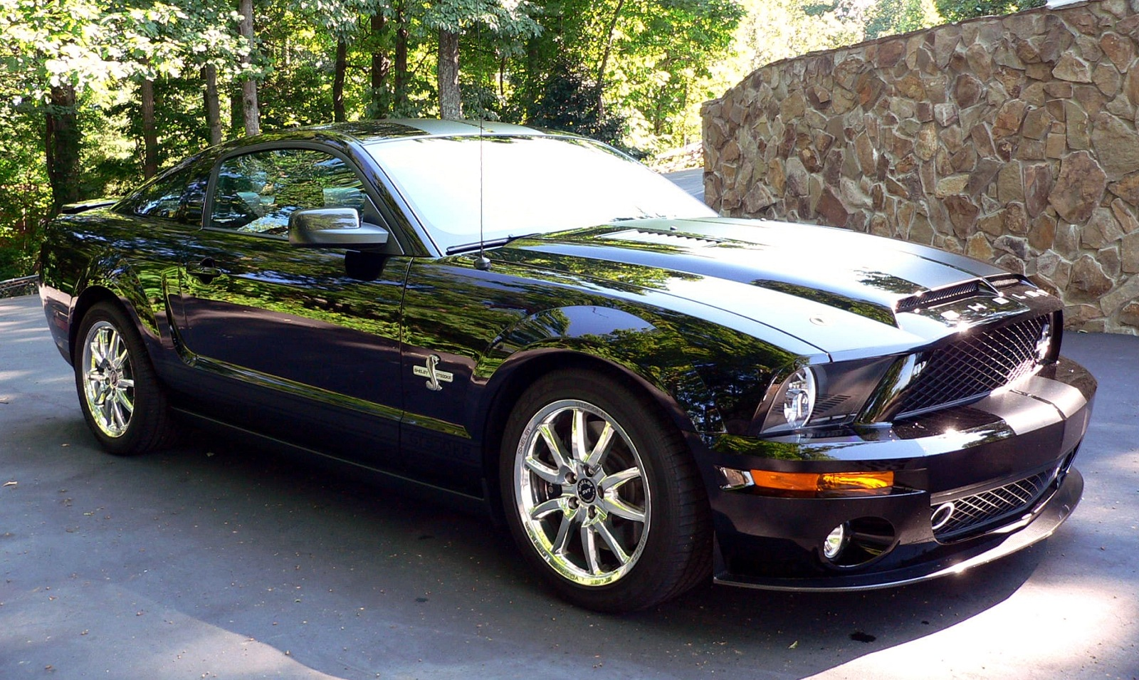 Carroll shelbys own 2009 mustang gt500kr heads to auction