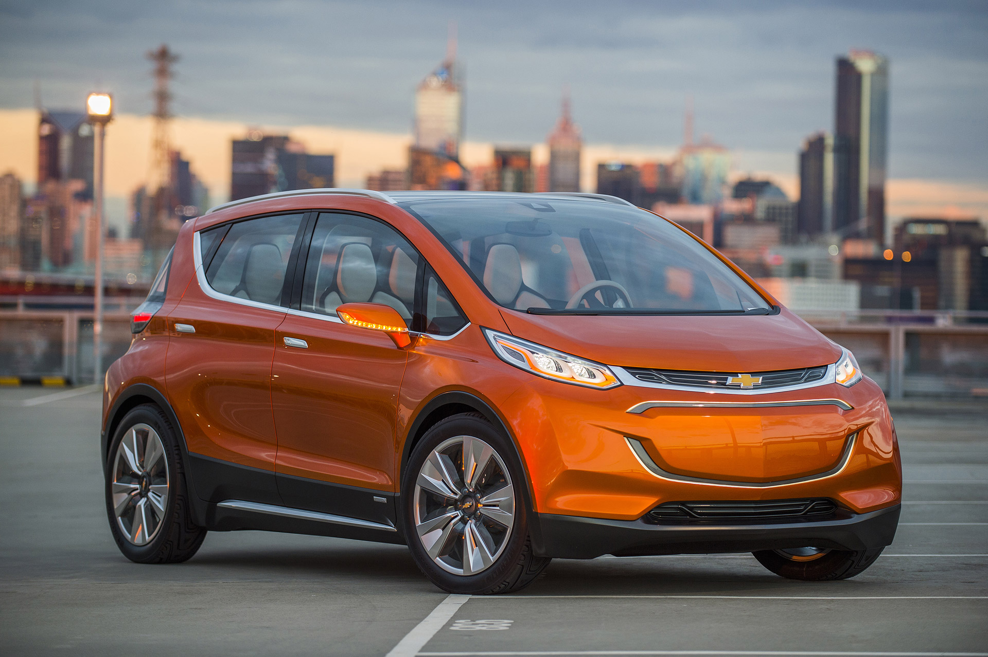 2018 Chevrolet Bolt Electric Car What It Is Isn T Means For Tesla