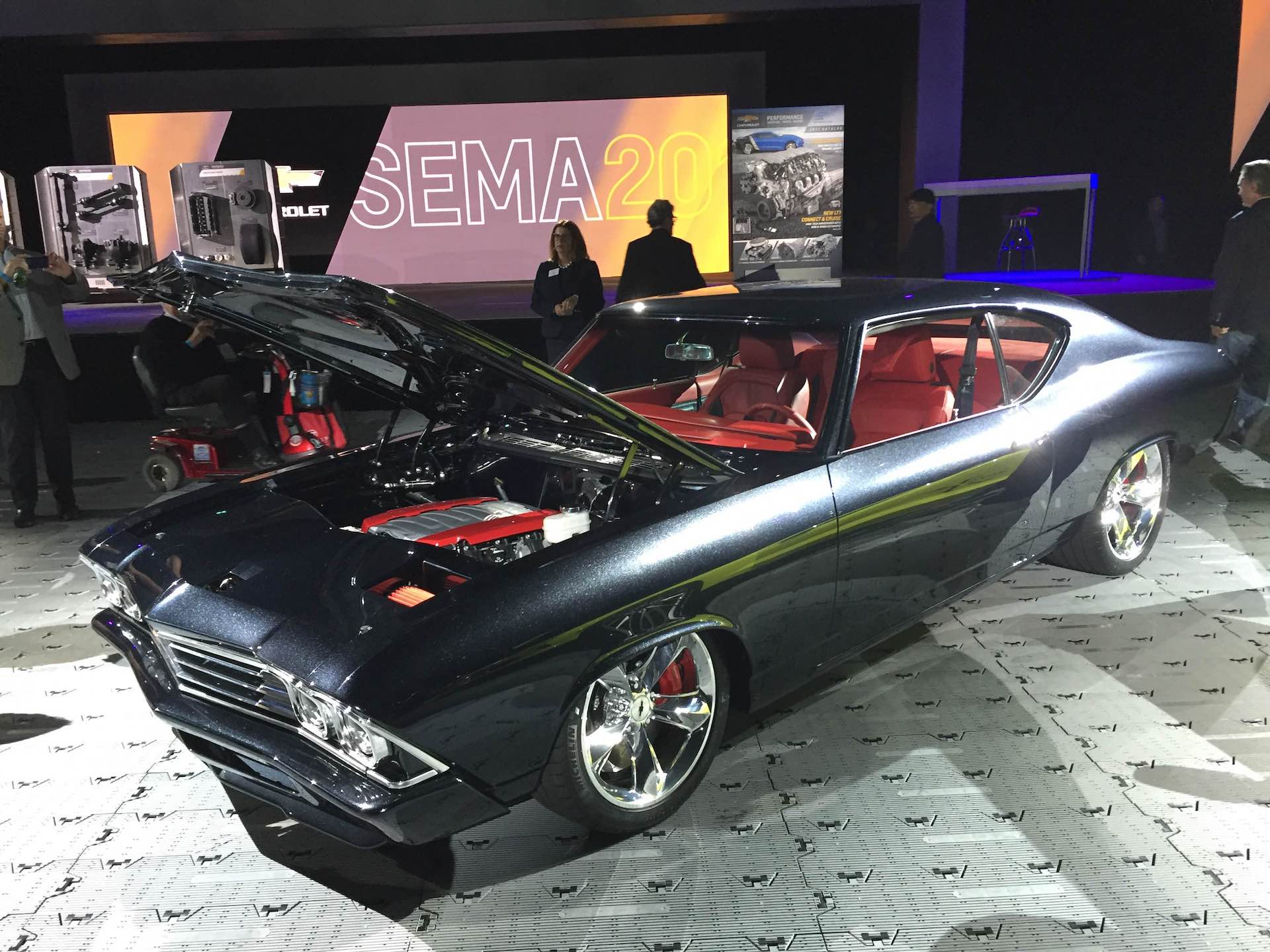 Chevelle Slammer introduces latest Chevy crate engine at SEMA