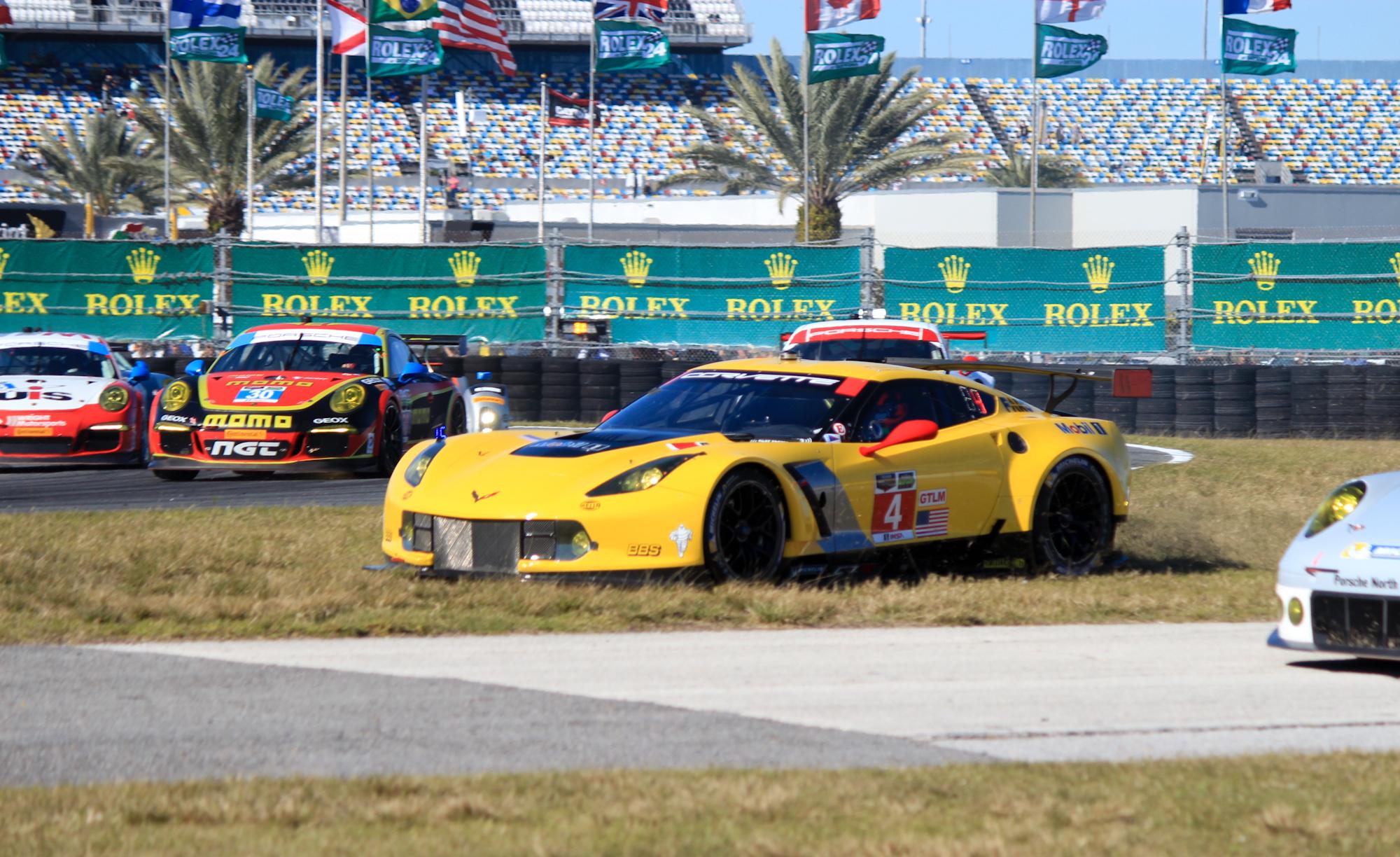 McLaren P15, Daytona 24 Hours, Infiniti Flagship Plans: Car News Headlines