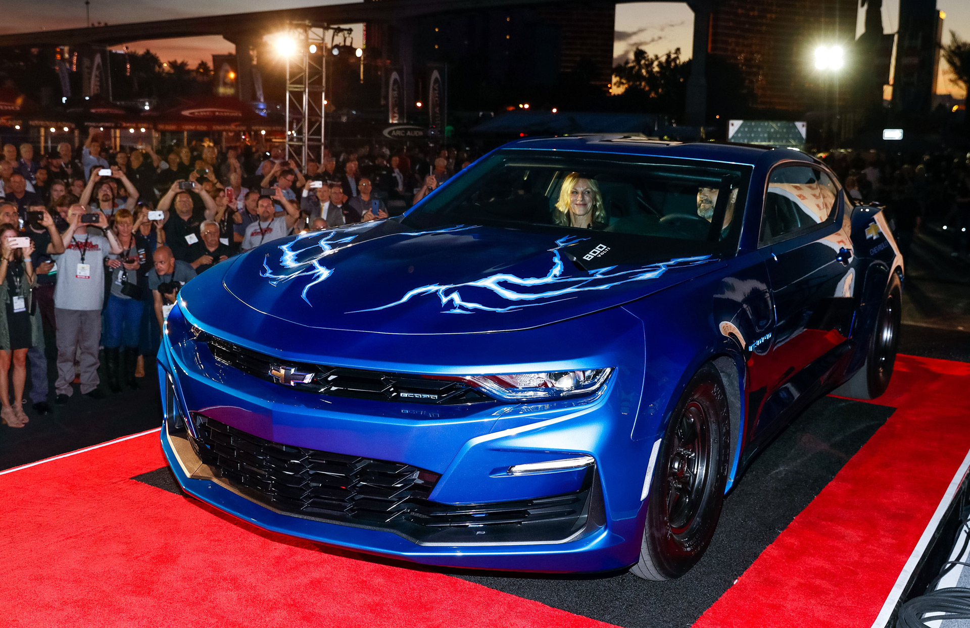 Chevy Unveils Electric Camaro Drag Racer Estimates 9 Second Quarter Mile
