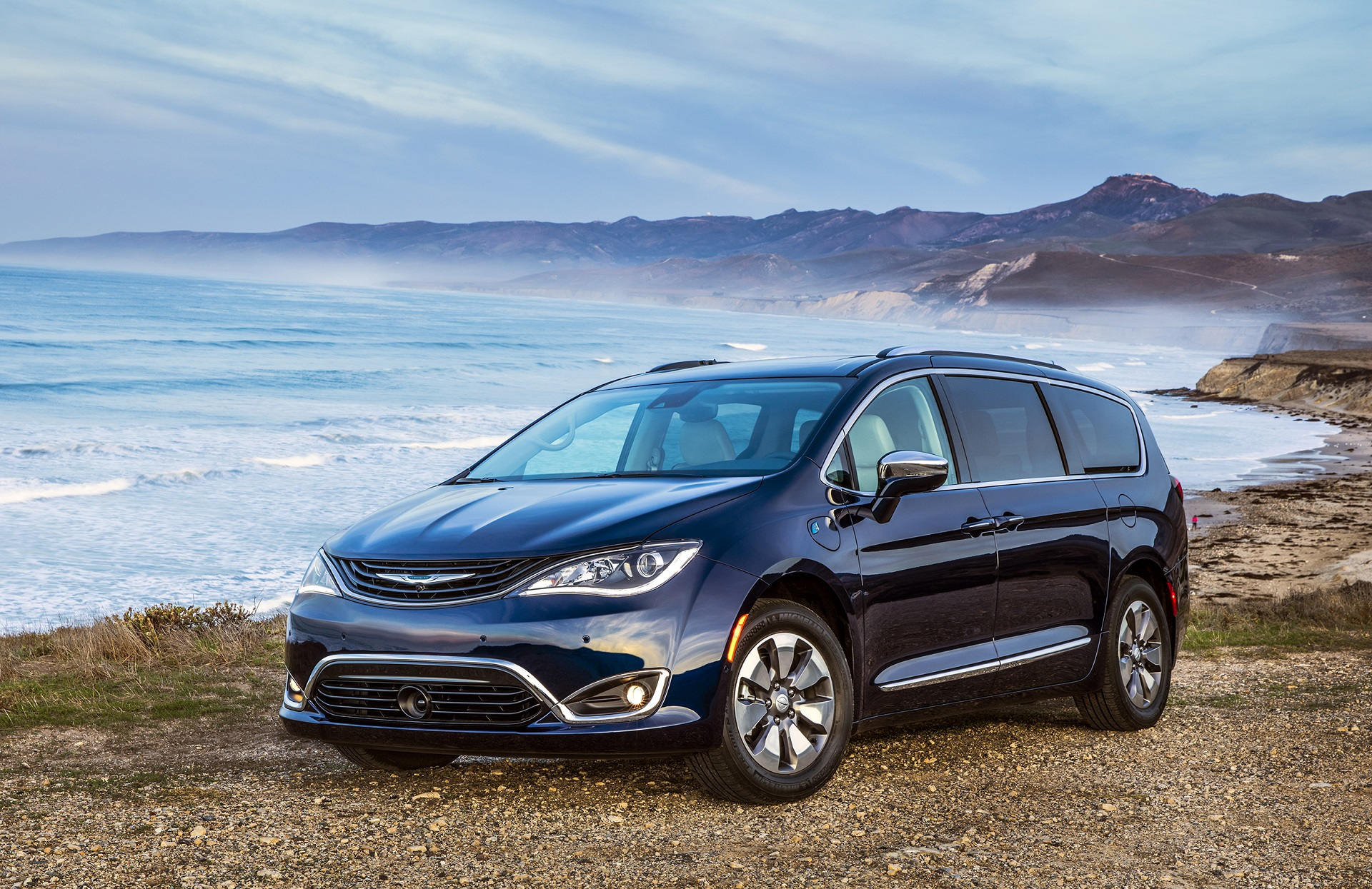 Green Car Reports Best To 2018 Finalist Chrysler Pacifica Hybrid