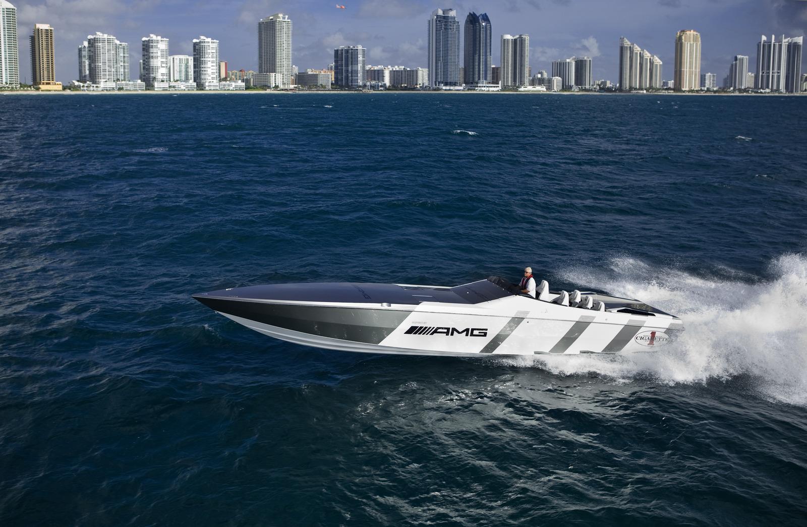 Photo Update Mercedes Benz Sls Amg Inspired Cigarette Boat