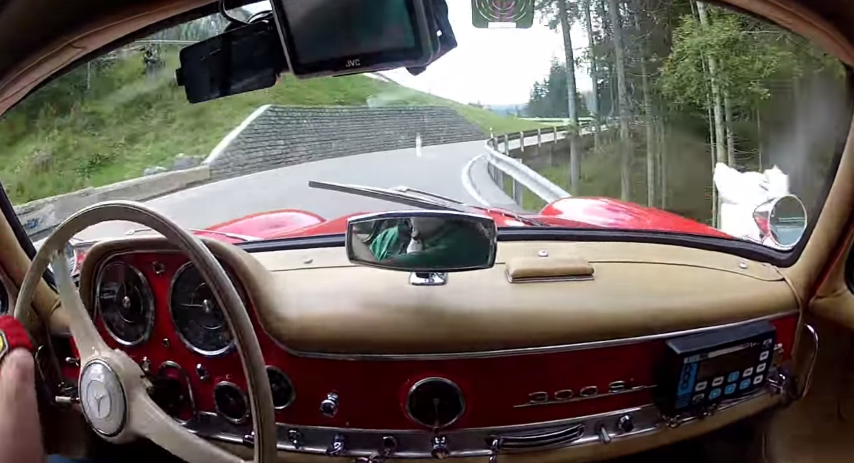 Mercedes-Benz 300 SL Driven Flat-Out On Mountain Hillclimb Is Pure White-Knuckled Amazing: Video