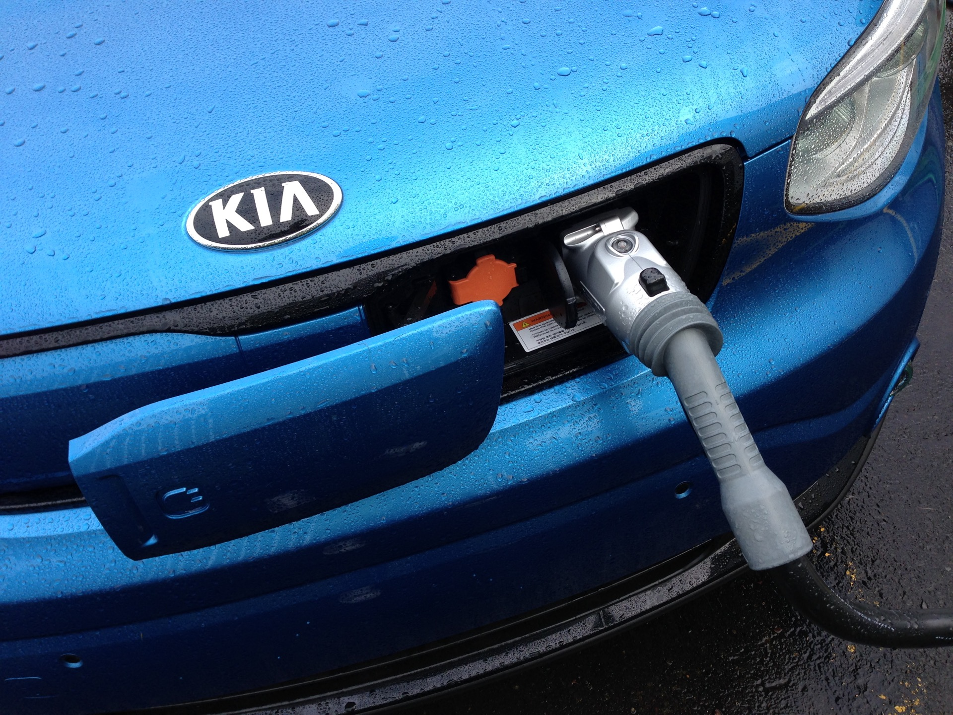 Charging An Electric Car Why It Takes More Energy Than Your Battery Holds