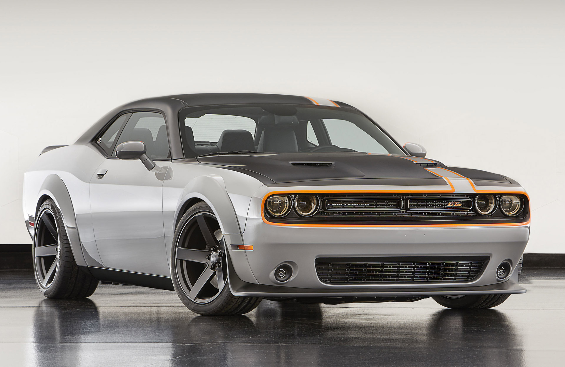 Challenger To Receive Awd Model Wide Body Hellcat Before 2019 Redesign