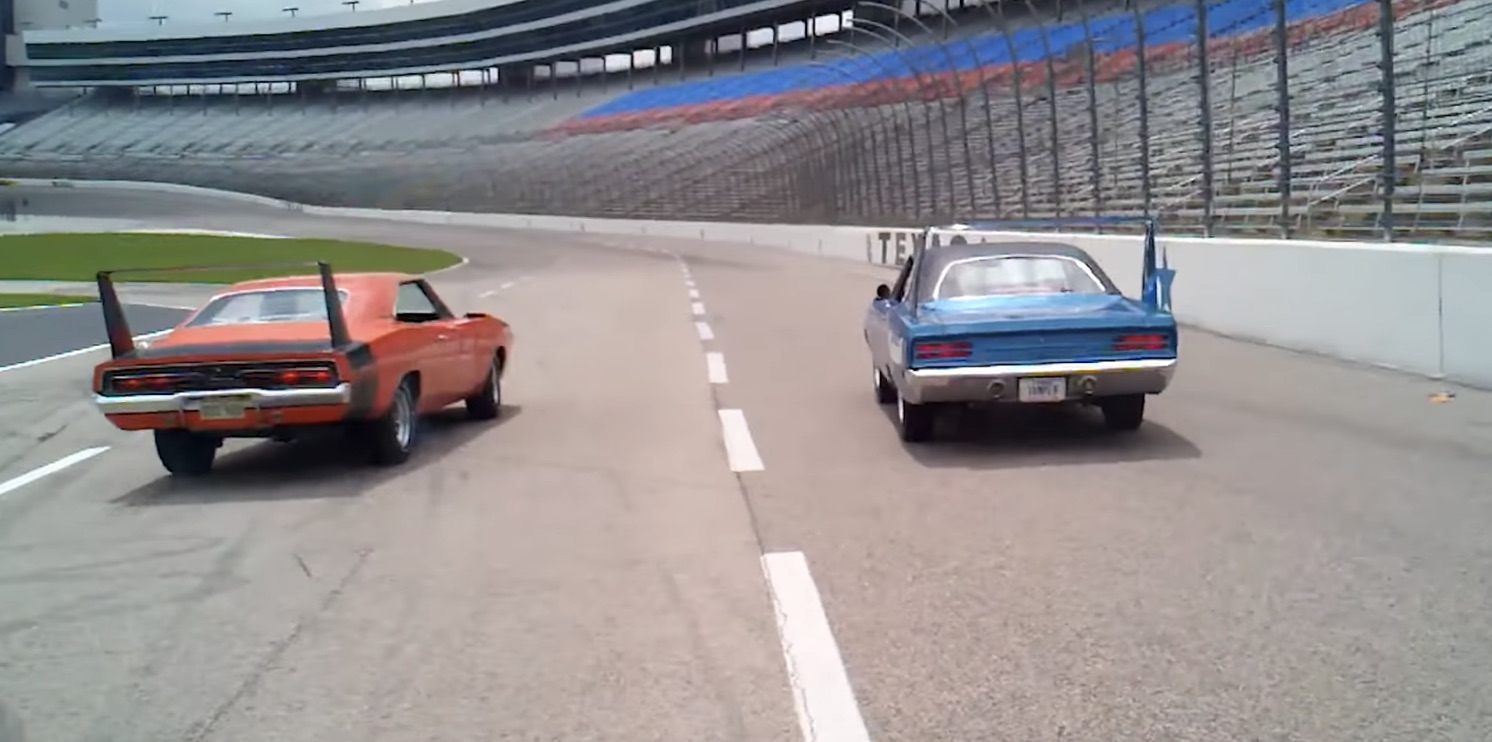 Dodge Tapped Chrysler S Missile Division For The Daytona And Plymouth Superbird