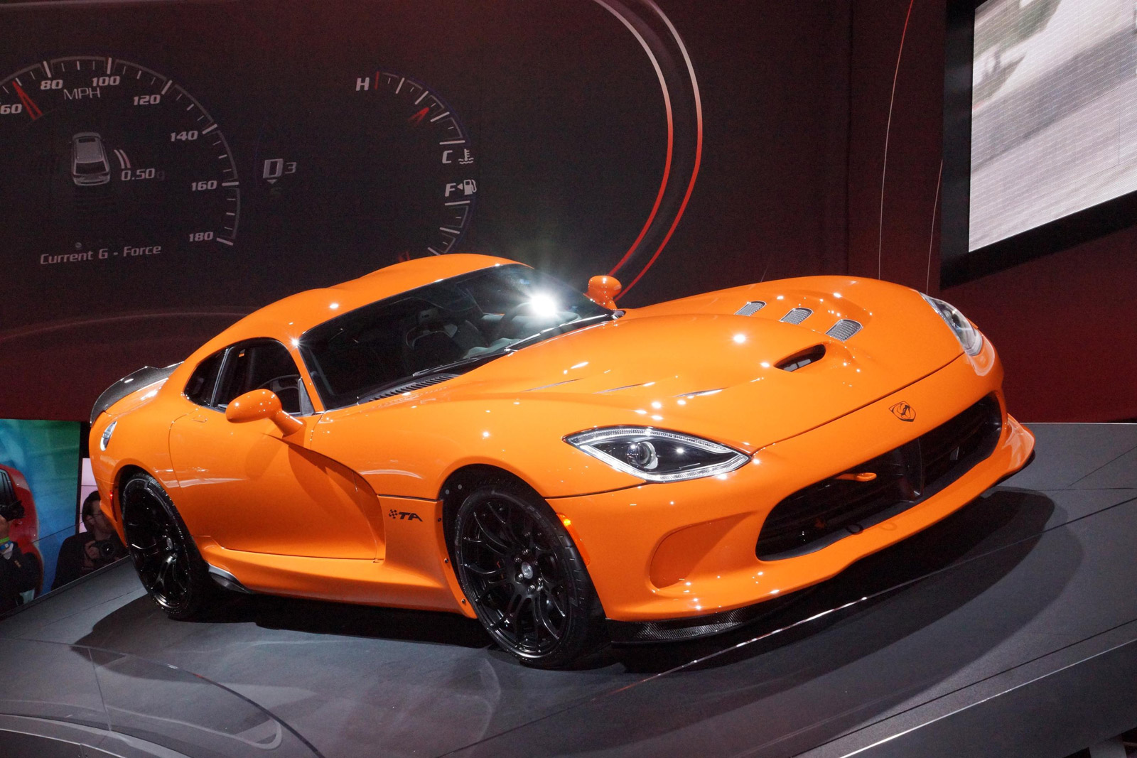 2014 Srt Viper Ta Live Photos From New York Debut