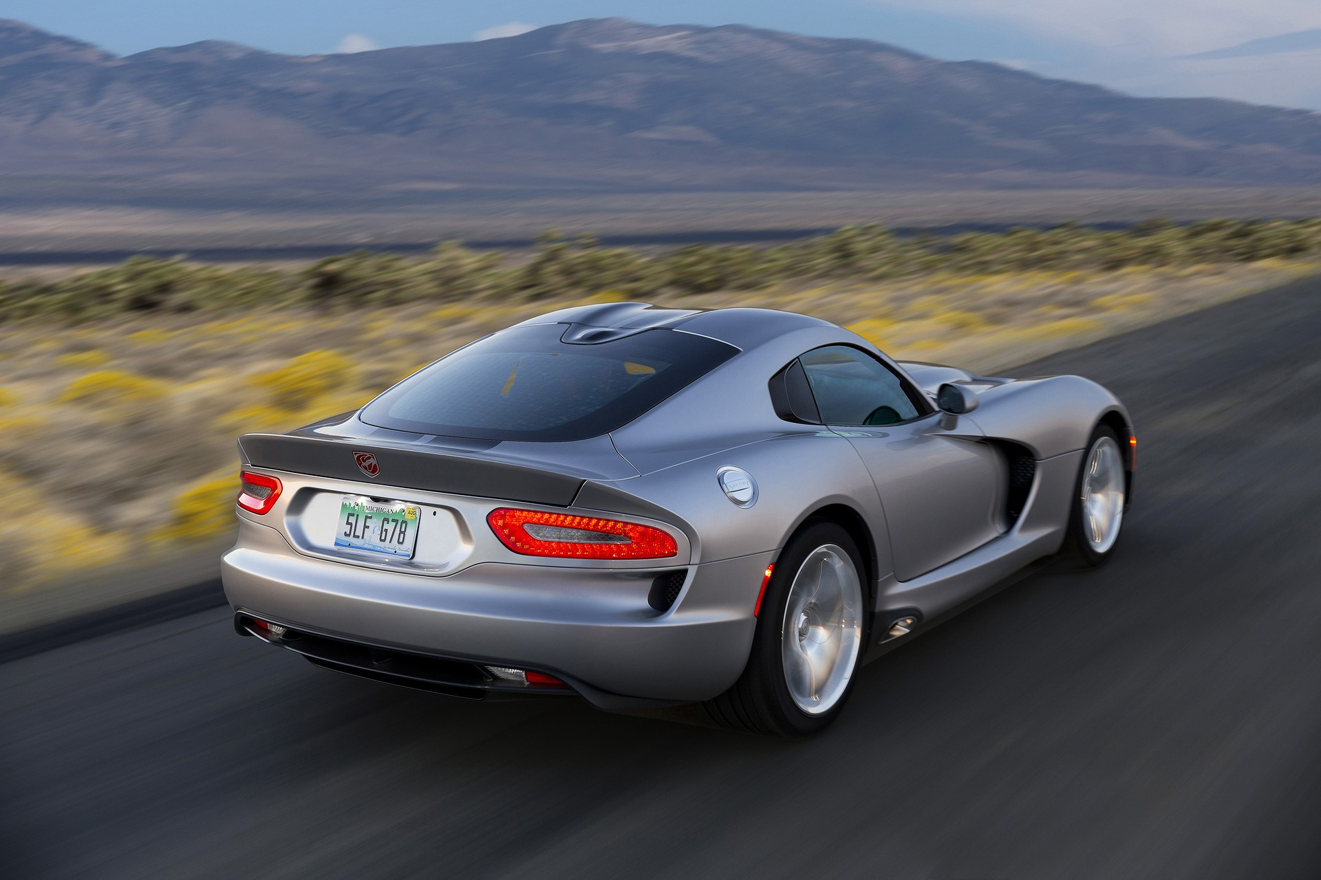 Dodge Viper's Next Update May See More Power And Convertible Option: Report