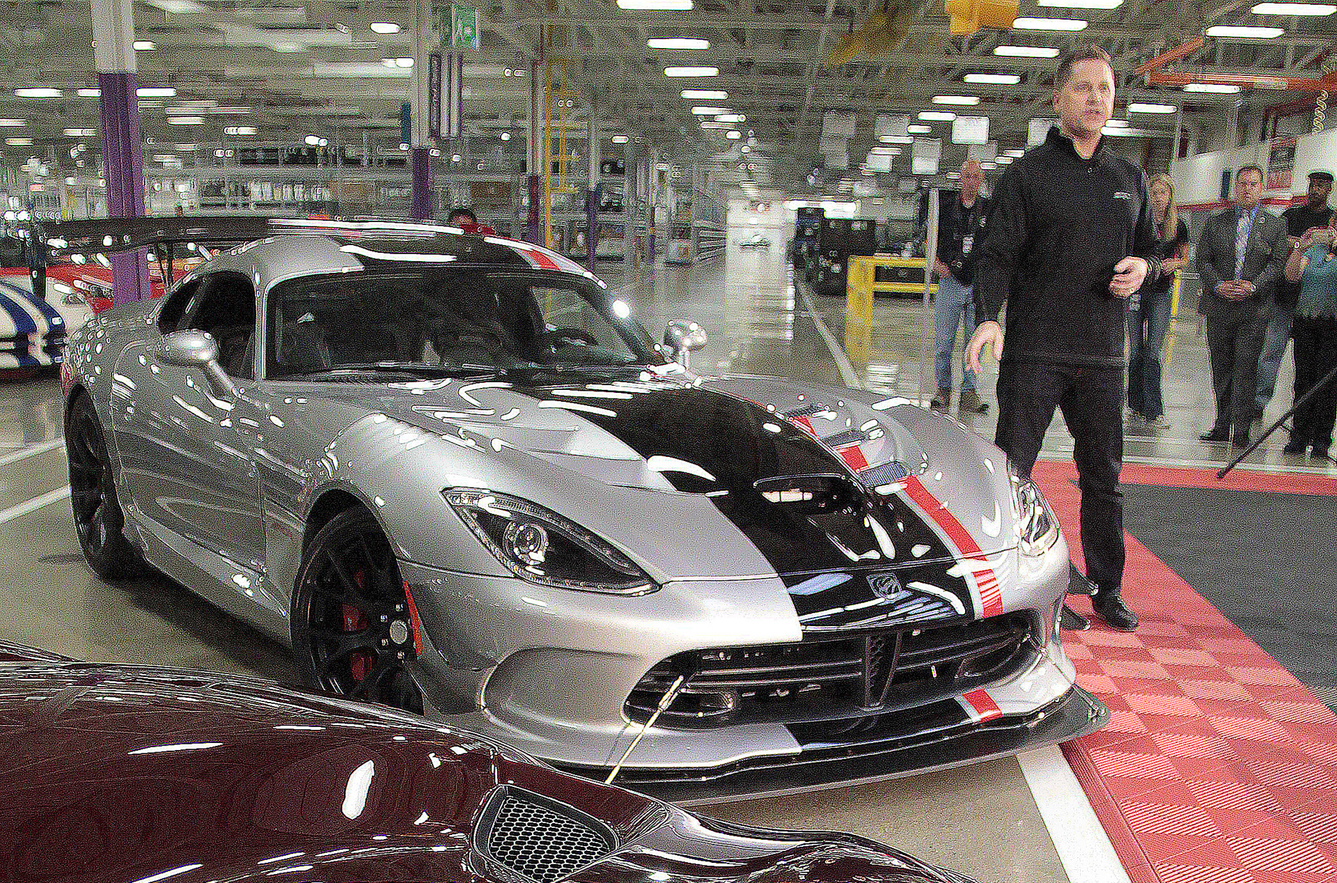 2016 dodge viper acr tech overview video. Black Bedroom Furniture Sets. Home Design Ideas