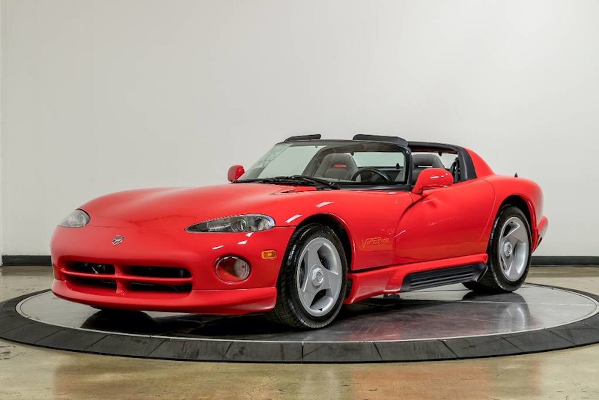 1992 dodge viper in time capsule condition for sale. Black Bedroom Furniture Sets. Home Design Ideas
