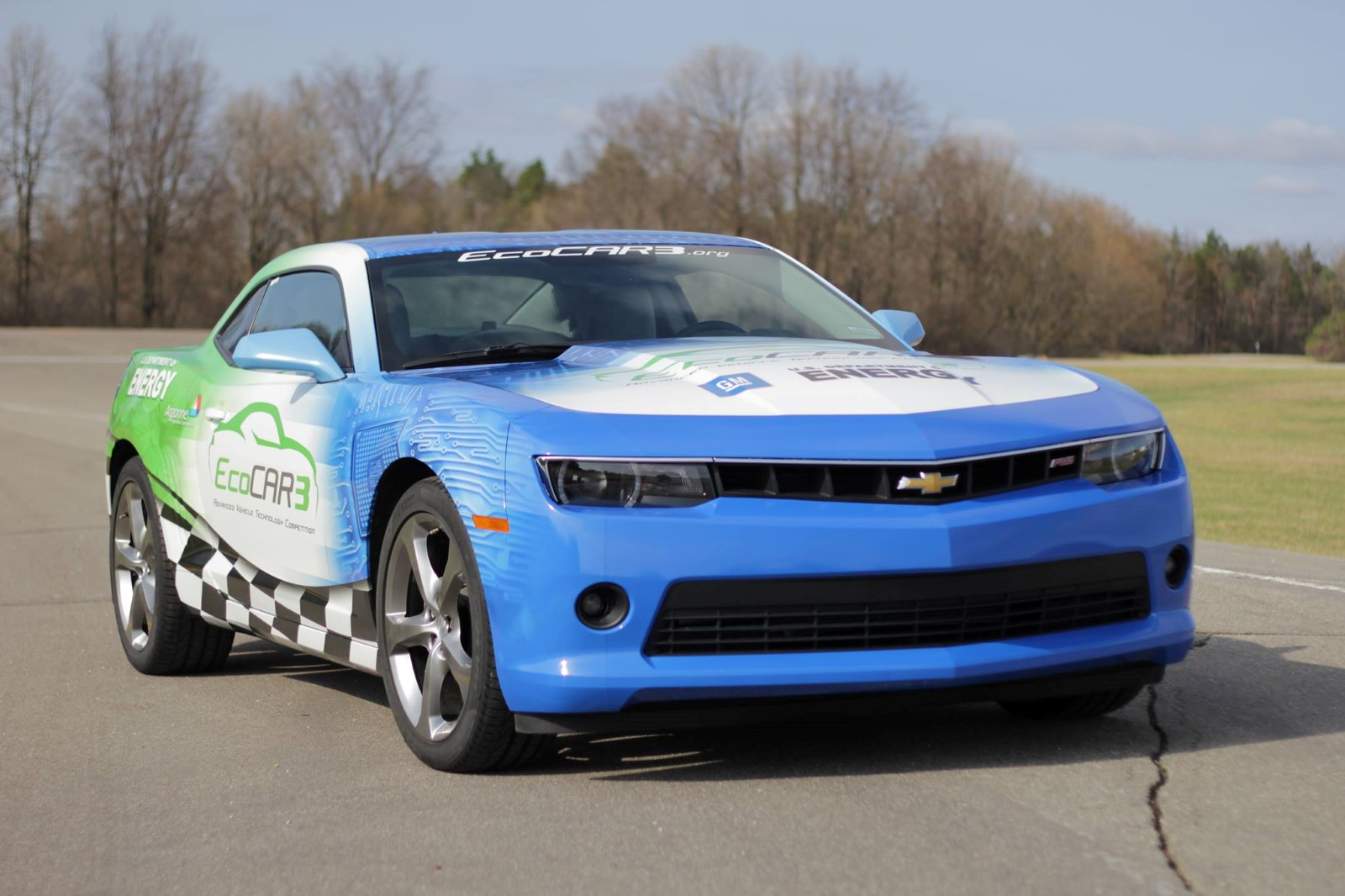 how do you make a chevy camaro muscle car green? students have 4