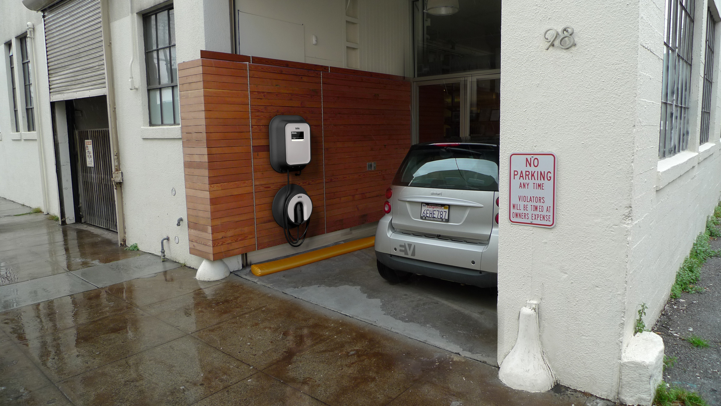 Electric Car Charging Station Gets Smart Networks With Home