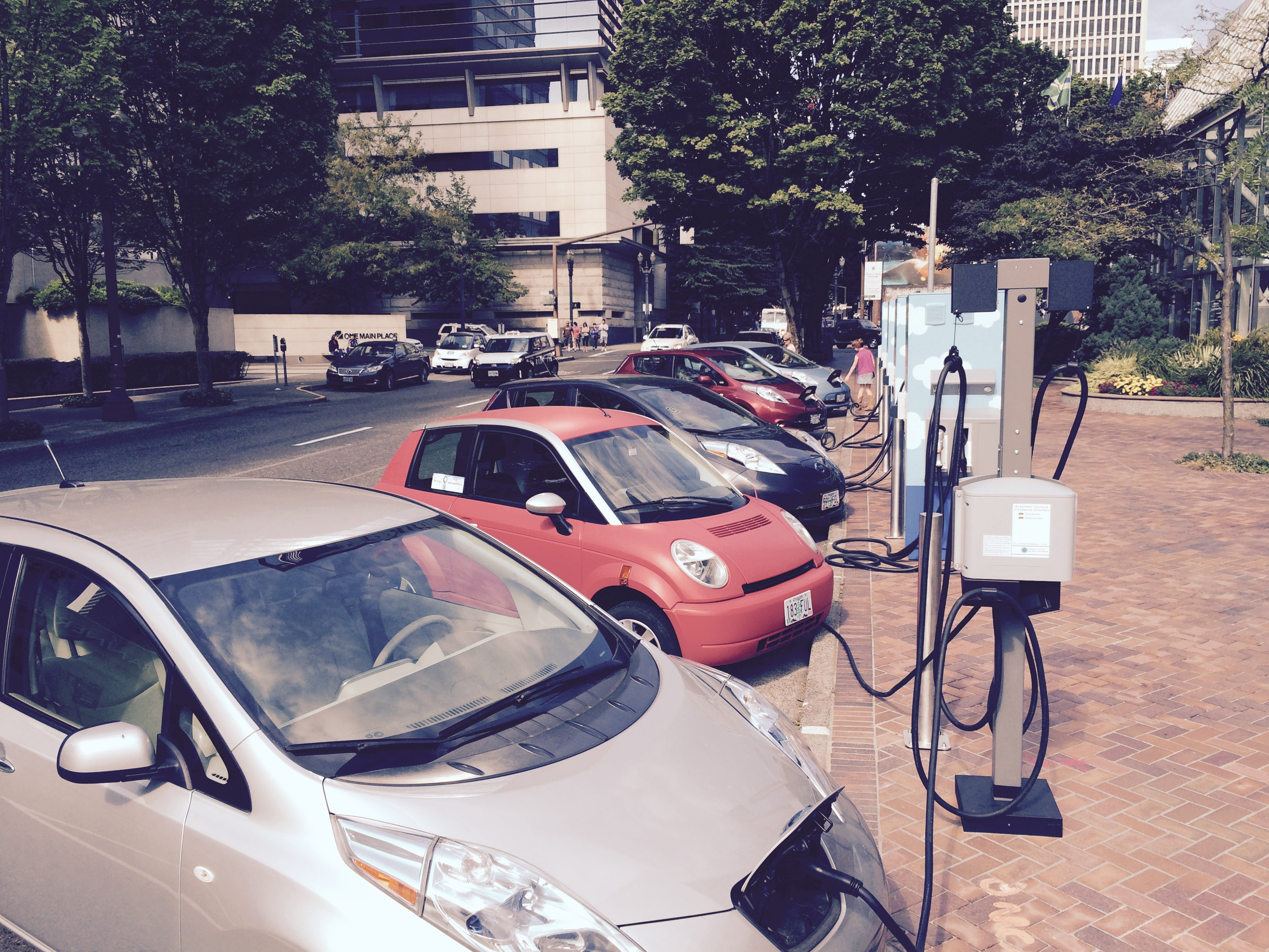 Top Six Trends In Plug-In Electric Cars Through 2020