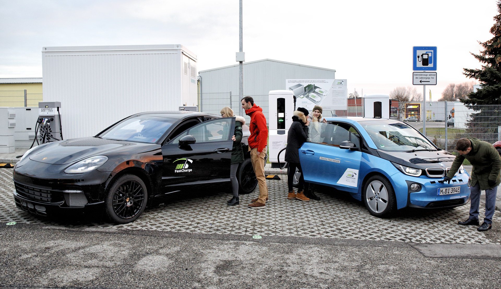 Bmw And Porsche Demo 450 Kw Charger Capable Of Adding 62 Miles In 3 Minutes