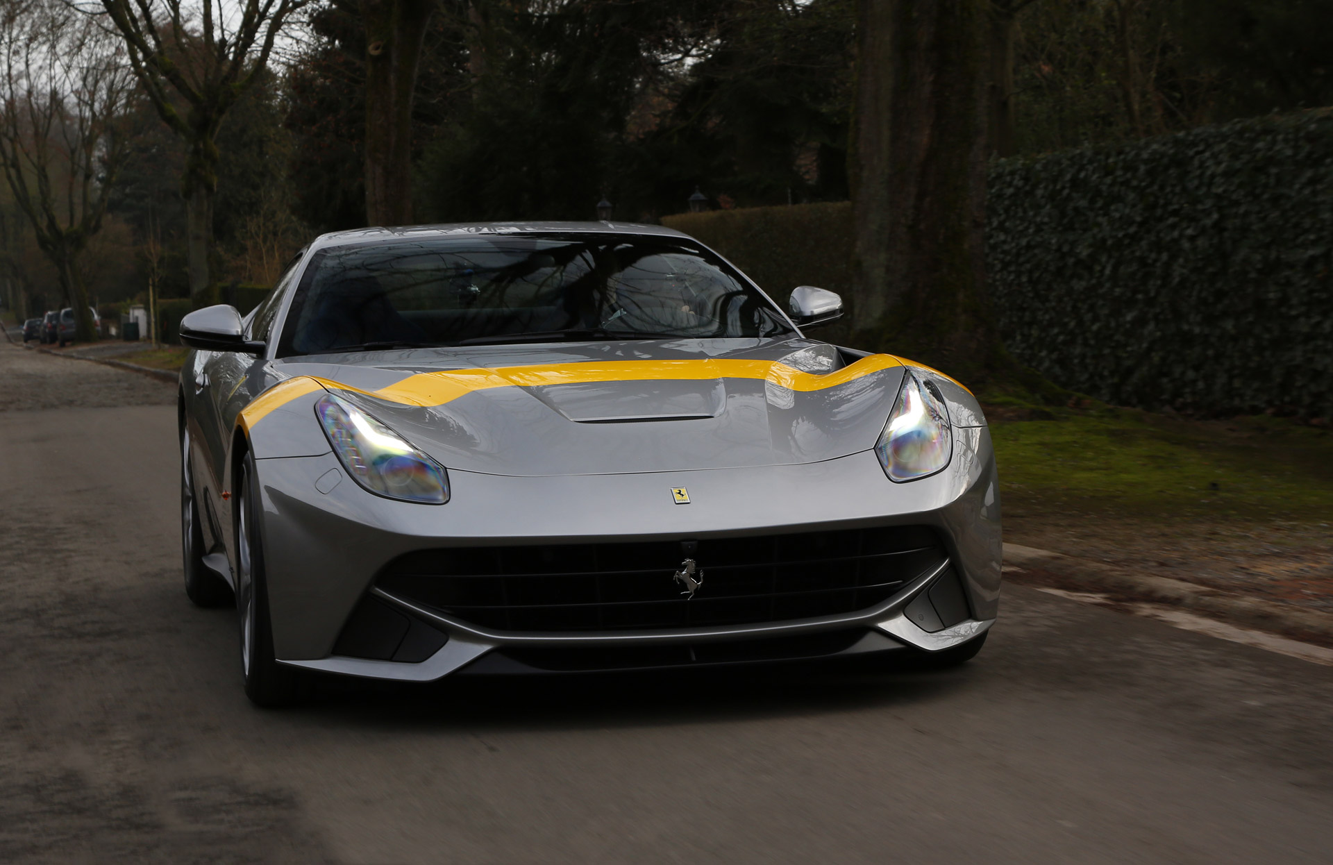 Special Ferrari F12 Berlinetta Honors 250 Gto S Victory In 1964 Tour De France Automobile