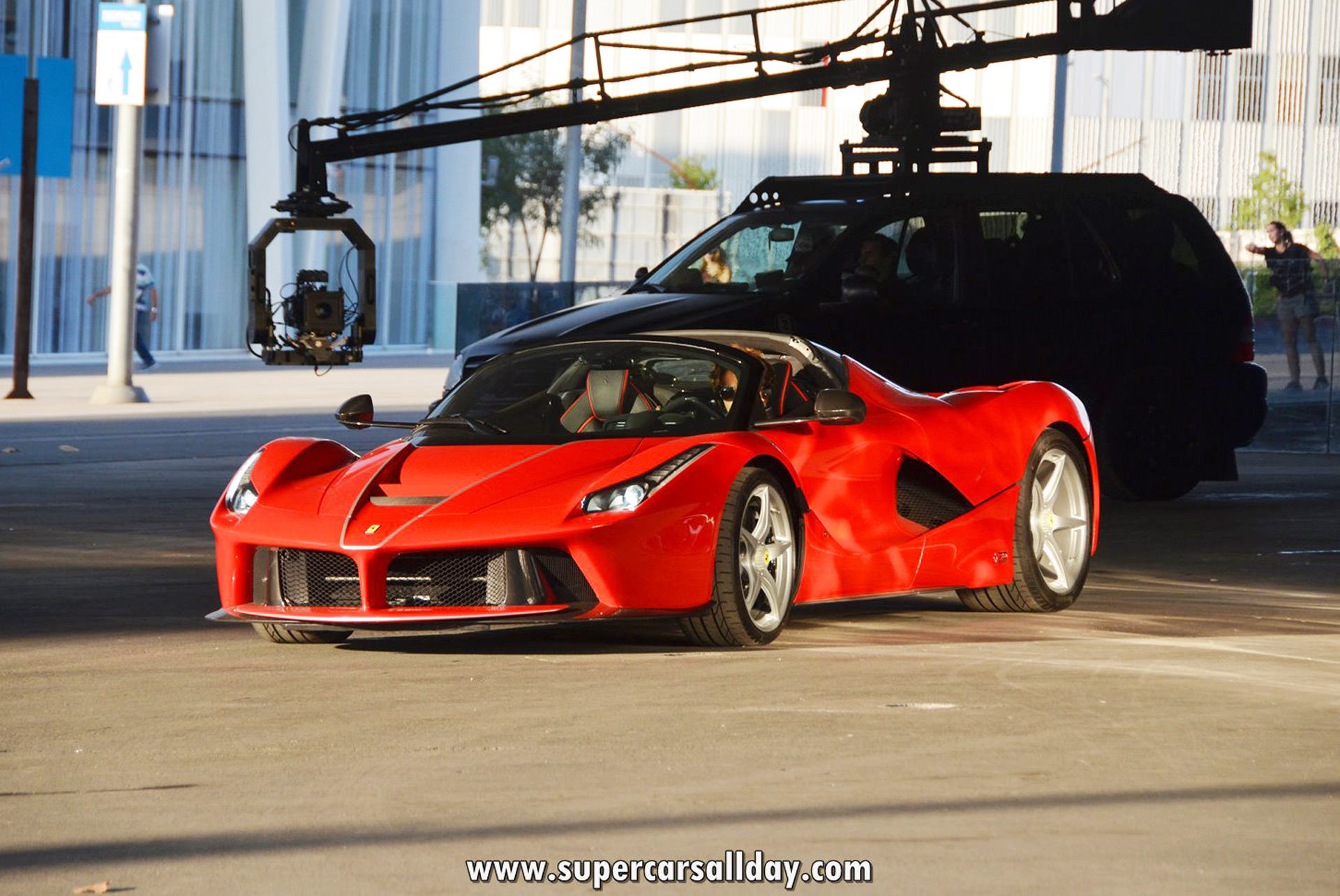 Lexus Flying Car >> First video of Ferrari LaFerrari Aperta