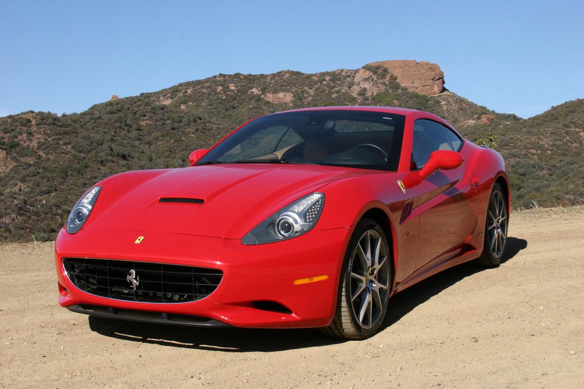 Leaked: Ferrari California Manual Transmission Performance ...