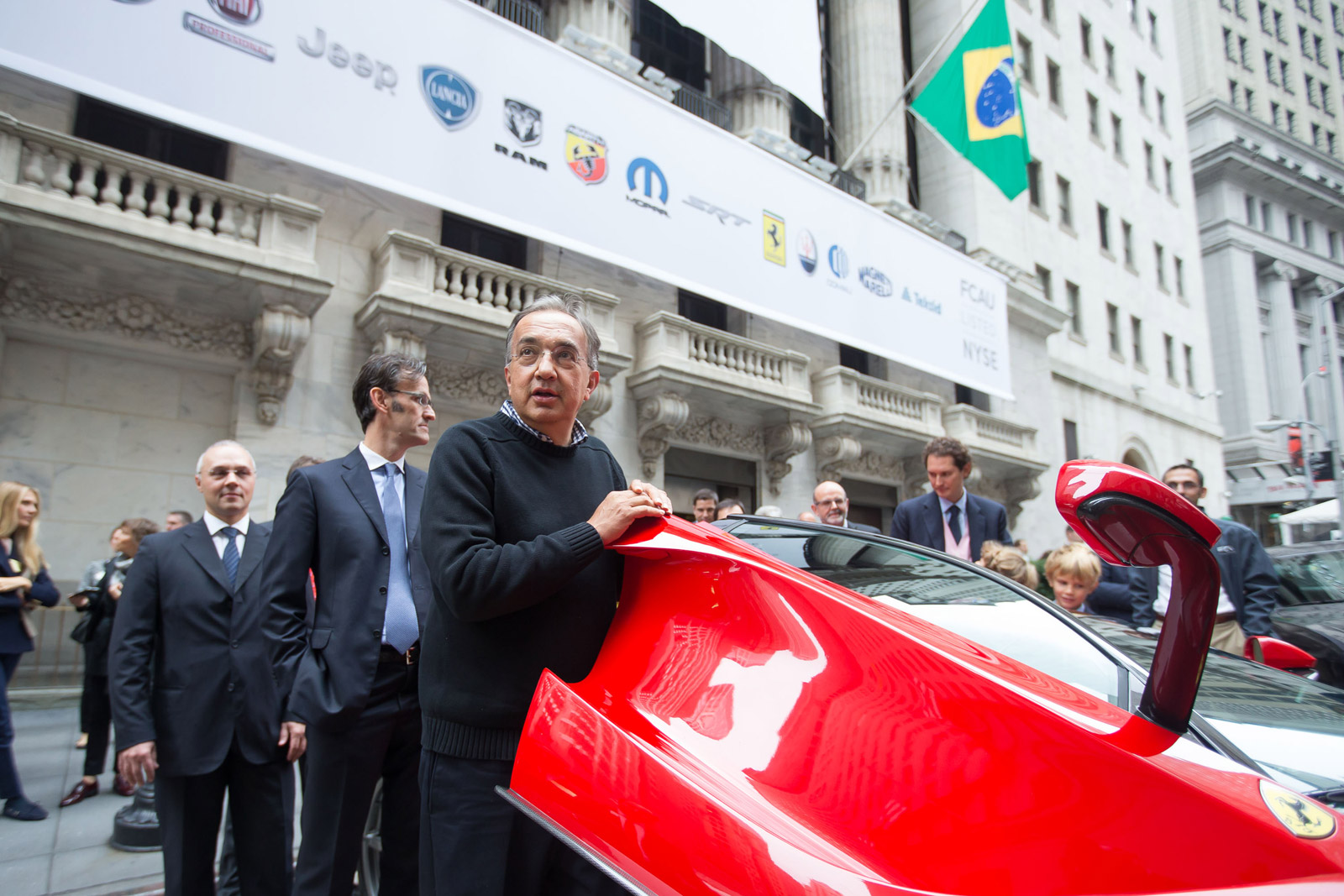 Fiat chrysler automobiles starts trading on new york stock exchange biocorpaavc