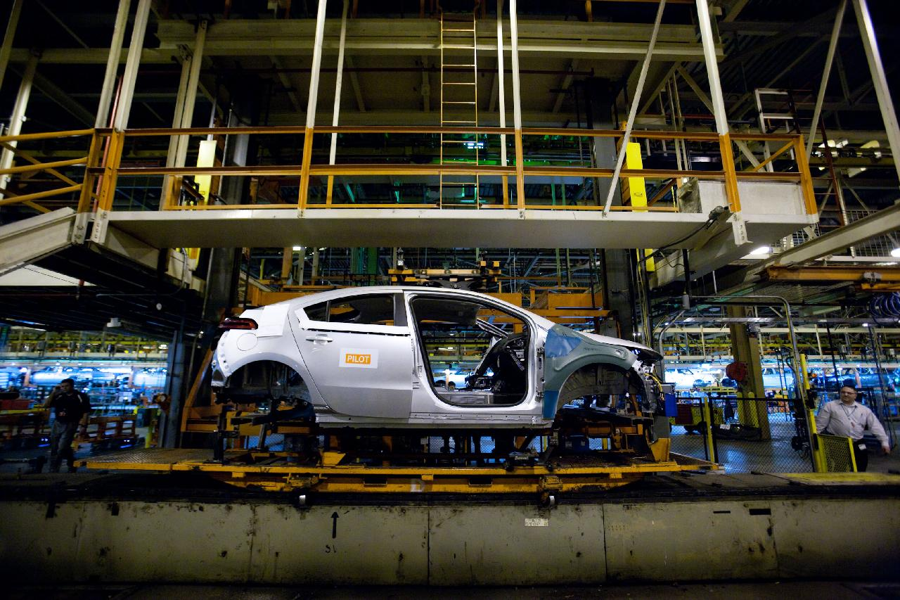 2013 chevy volt production to halt for 4 weeks from mid for General motors annual report 2010