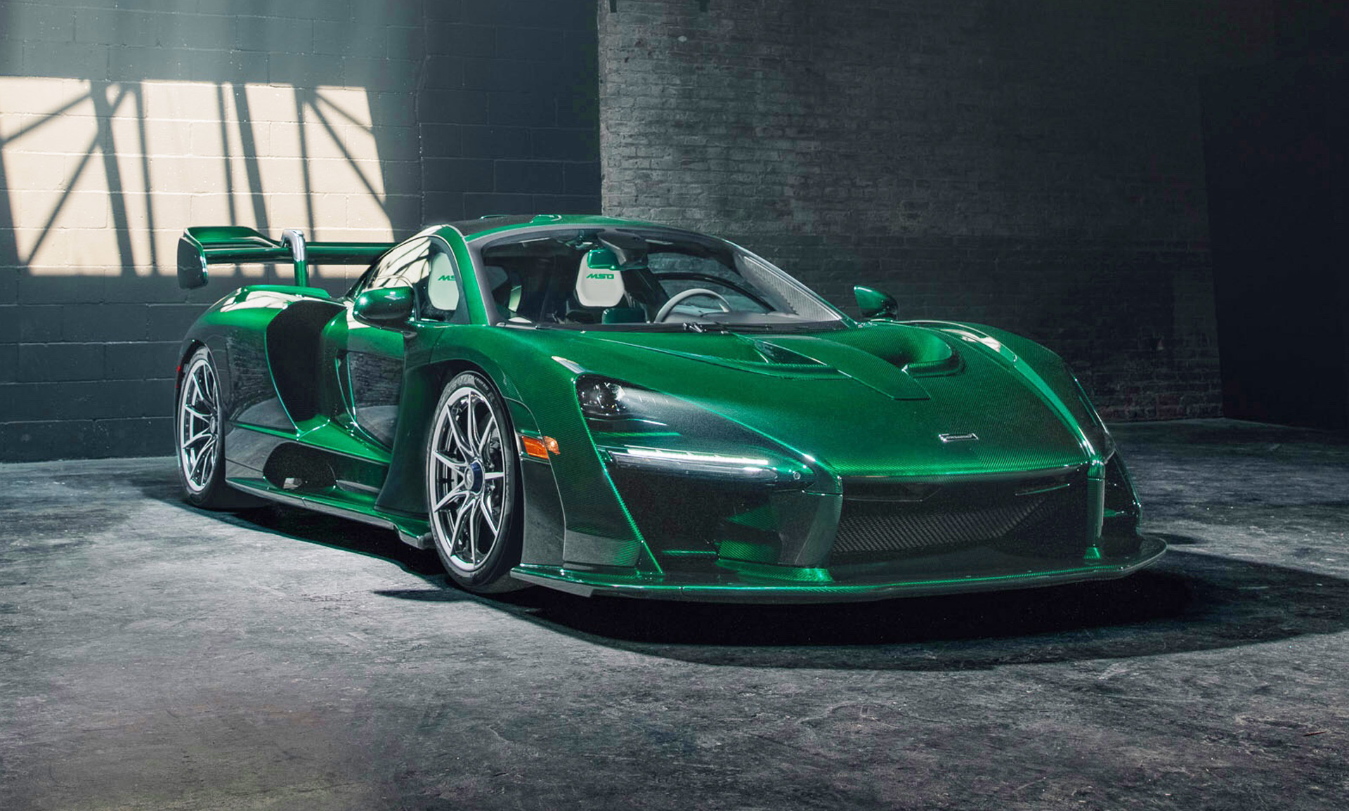 First Mclaren Senna Lands In Us With Custom Mso Emerald
