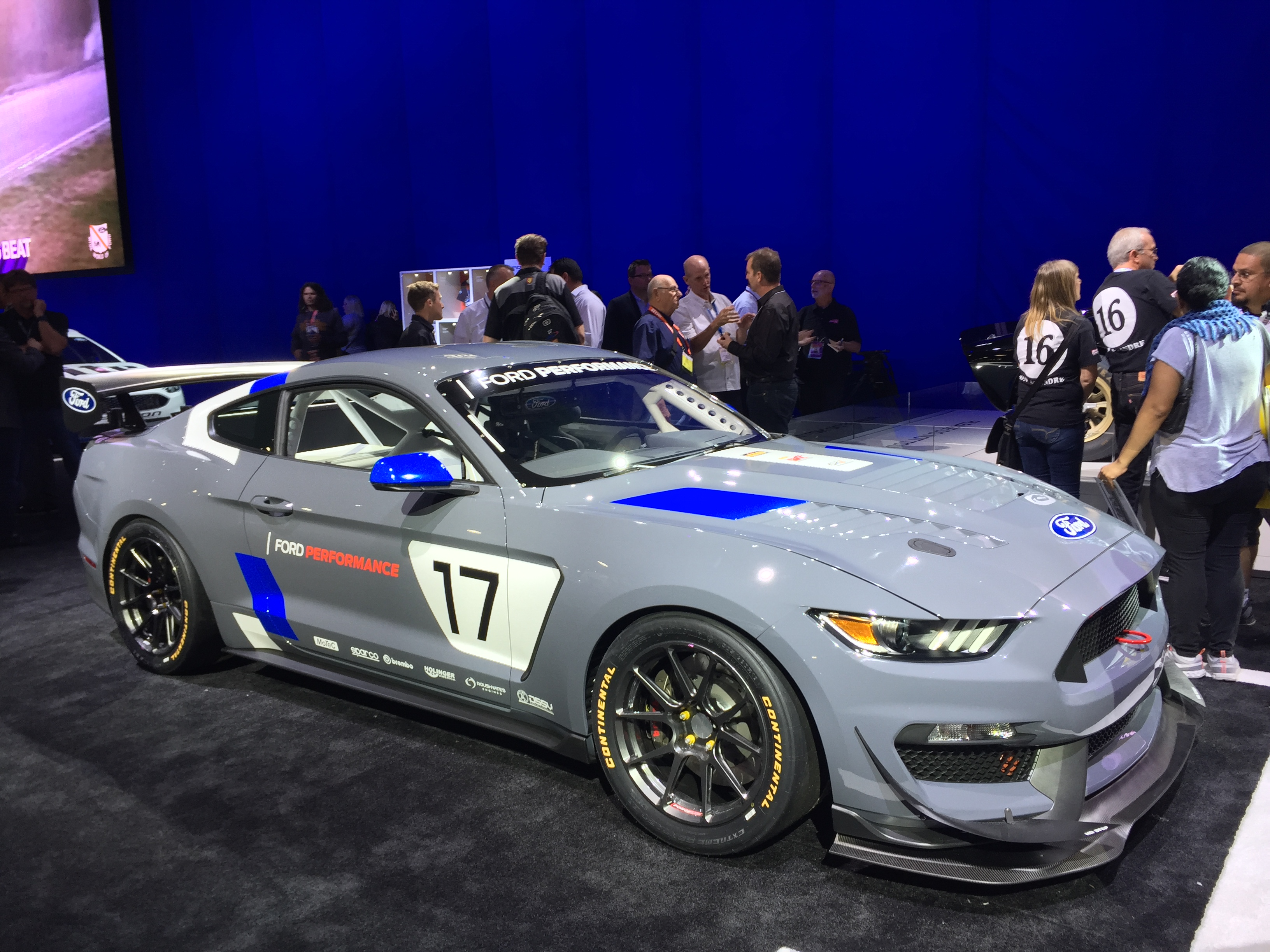 Ford Unveils Mustang GT Customer Race Car At SEMA Show - Ford show car