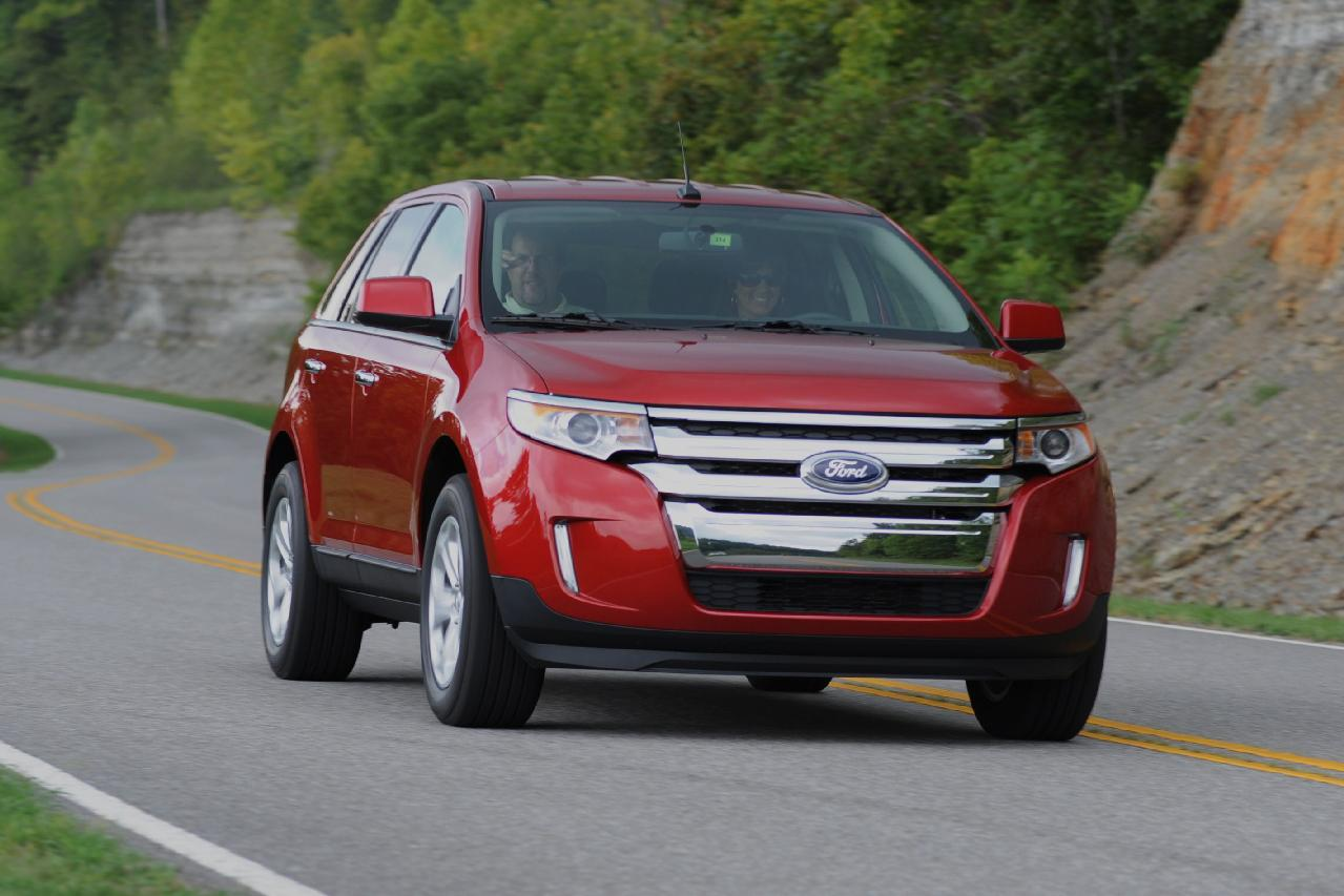 2012 ford edge with 2 0 liter ecoboost four gets 30 mpg. Black Bedroom Furniture Sets. Home Design Ideas