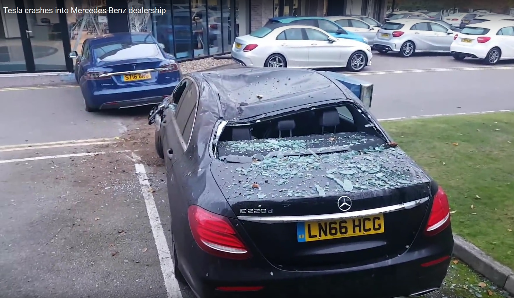 Tesla Model S mangles Mercedes E-Class, British dealership ...