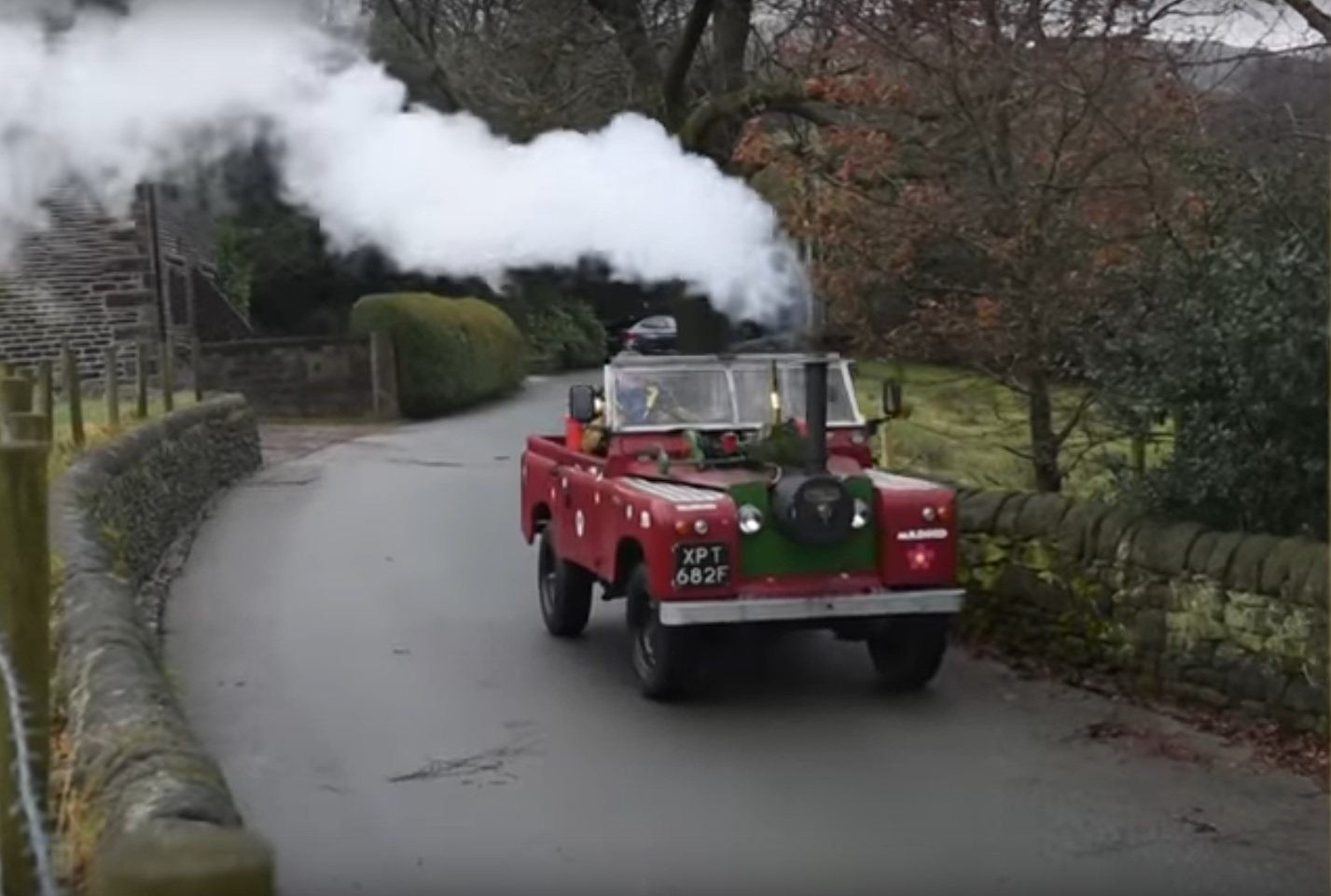 4b21dd6f45 This man converted a 50-year-old Land Rover to run on coal (as one does)