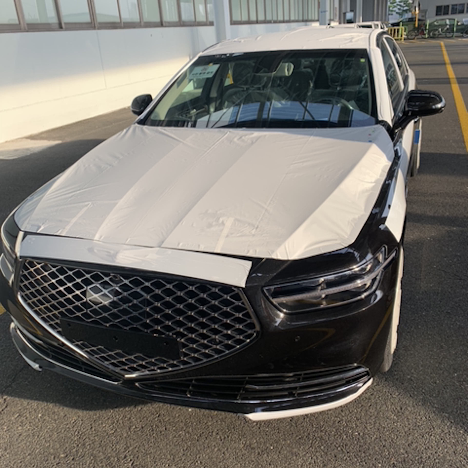 2020 Genesis G90 Photos Leak