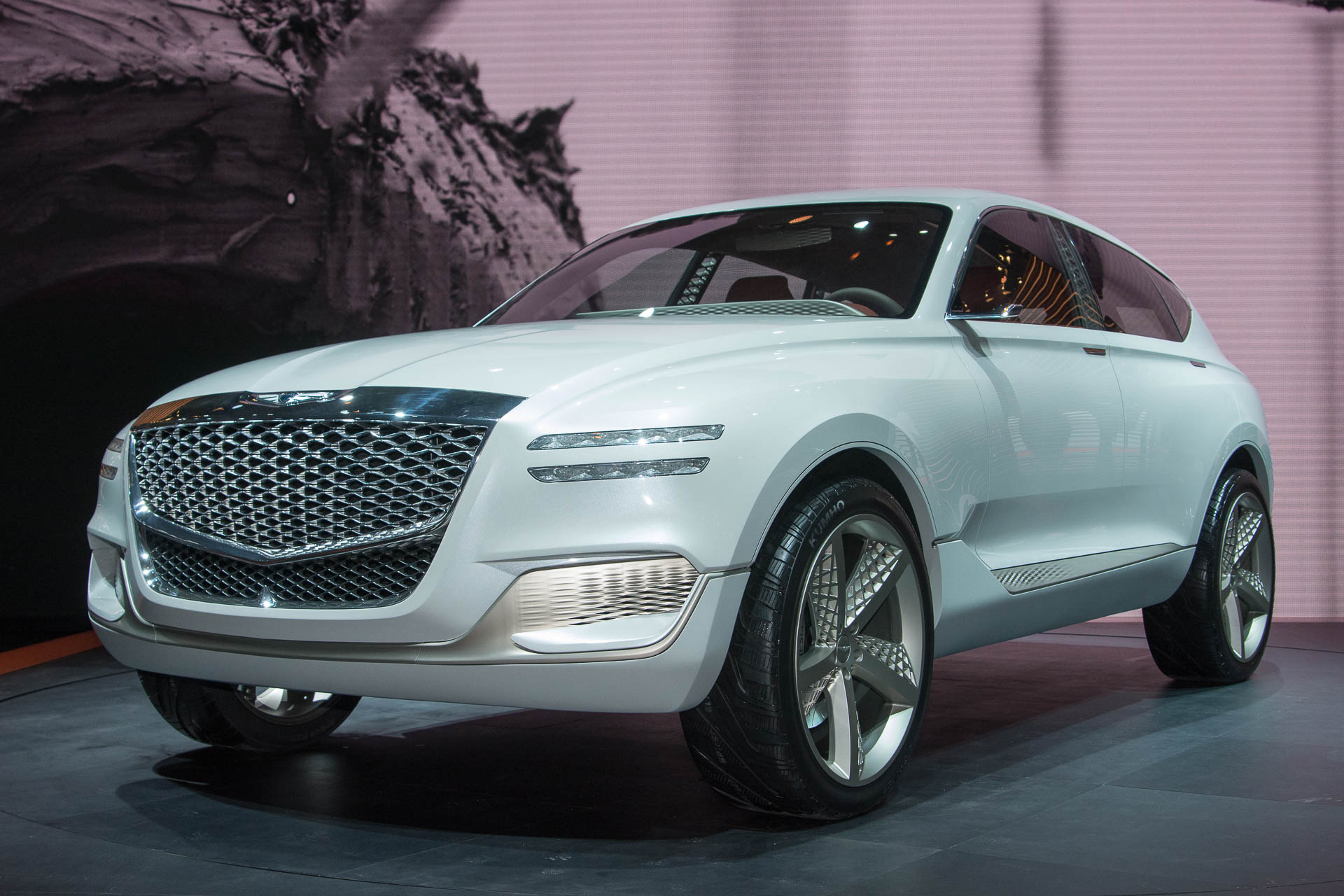 Genesis Fuel Cell Concept Suv At Ny Auto Show