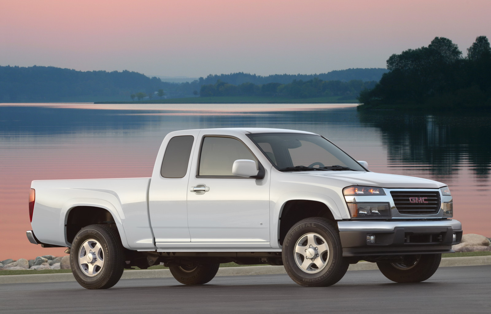 Gmc Canyon Towing Capacity >> 2010 Gmc Canyon Review Ratings Specs Prices And Photos